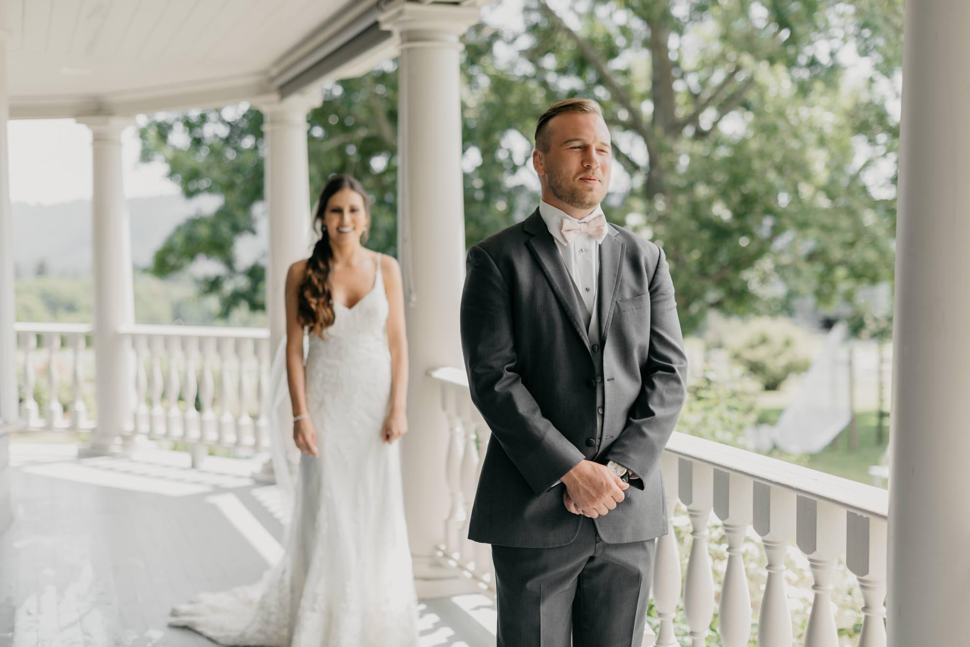 49-first-look-barn-kestrel-wedding-lake-oswego-wedding.jpg