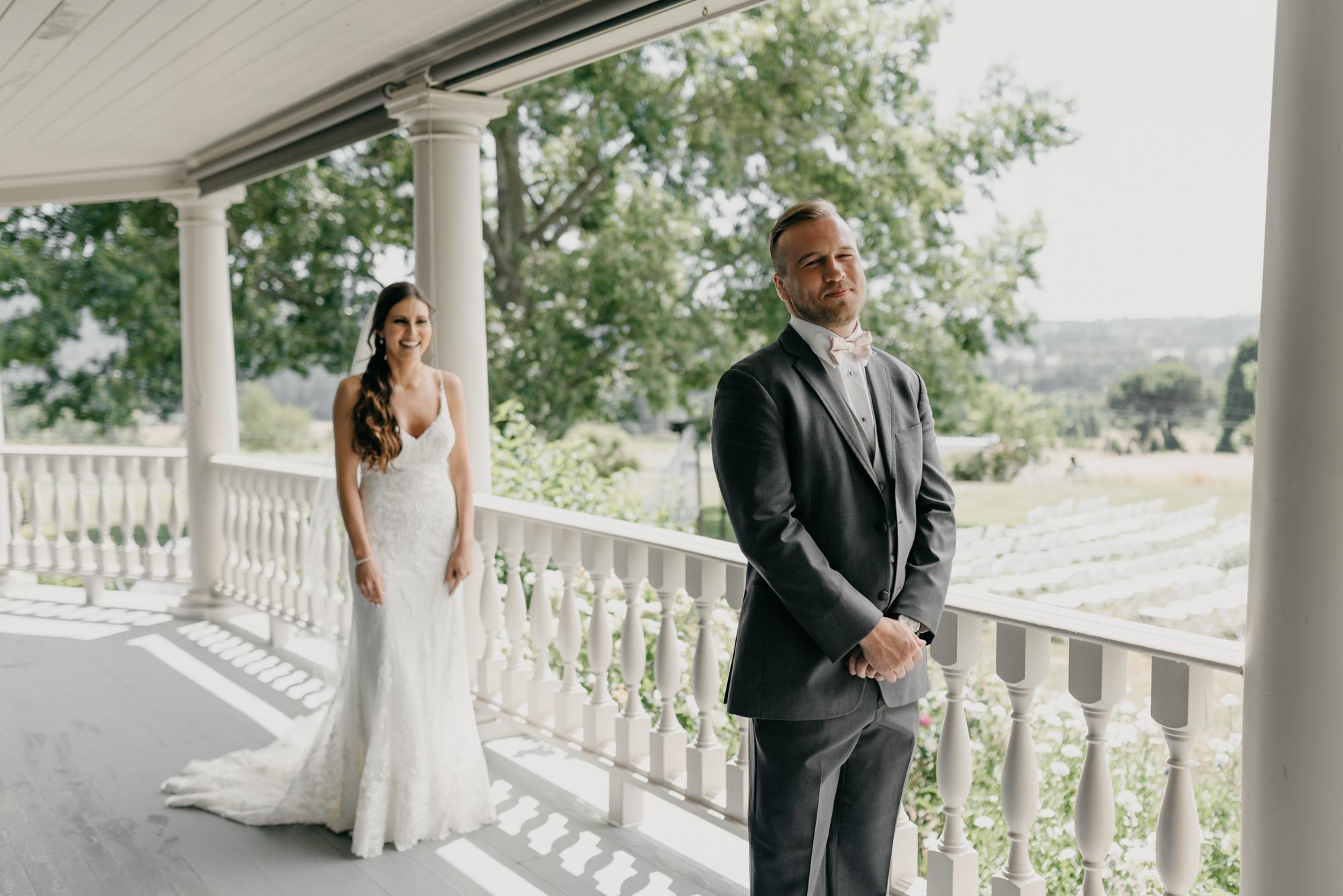 50-first-look-barn-kestrel-wedding-lake-oswego-wedding.jpg
