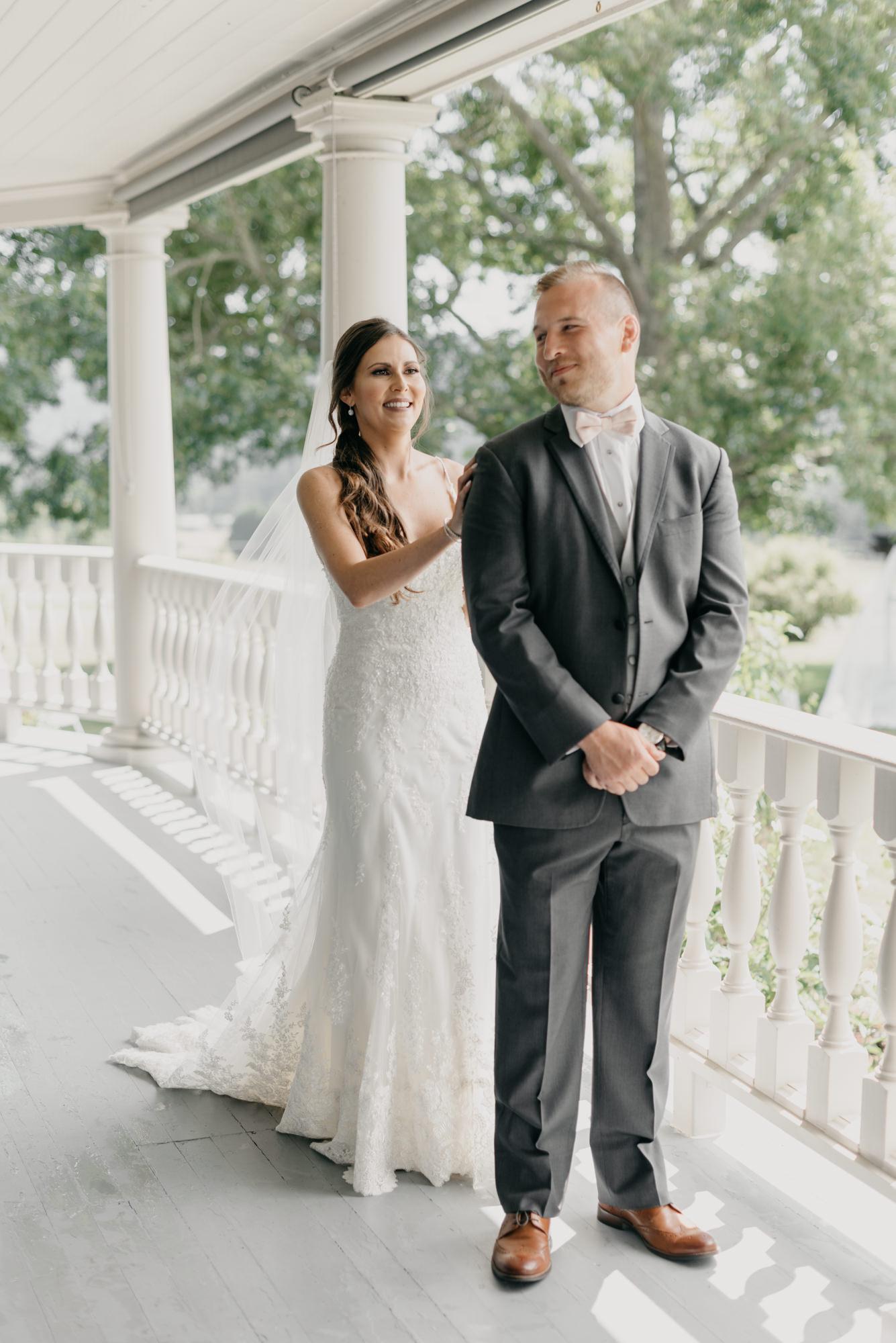 52-first-look-barn-kestrel-wedding-lake-oswego-wedding.jpg