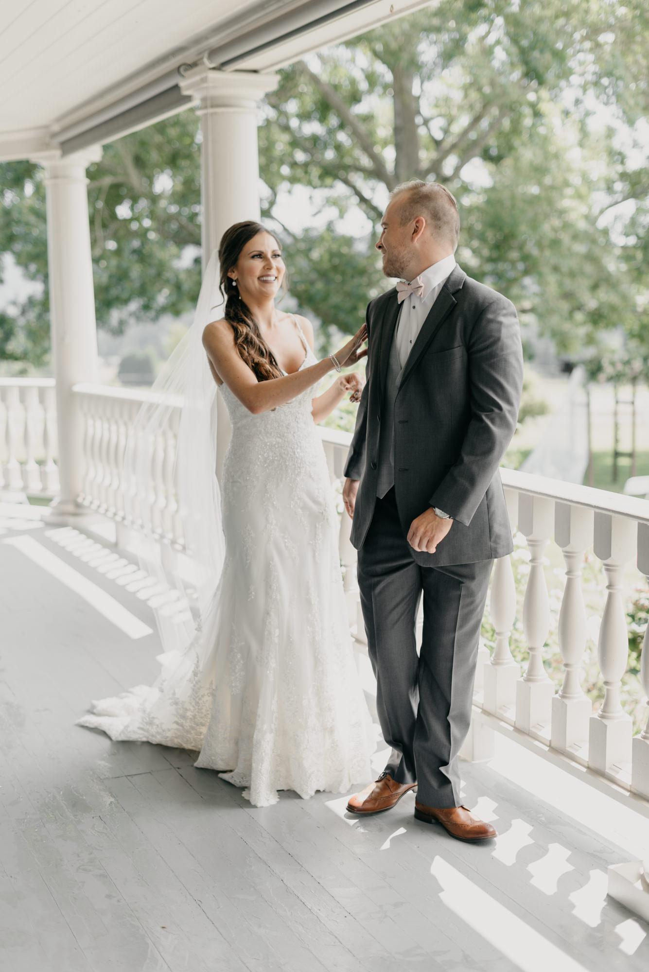 54-first-look-barn-kestrel-wedding-lake-oswego-wedding.jpg