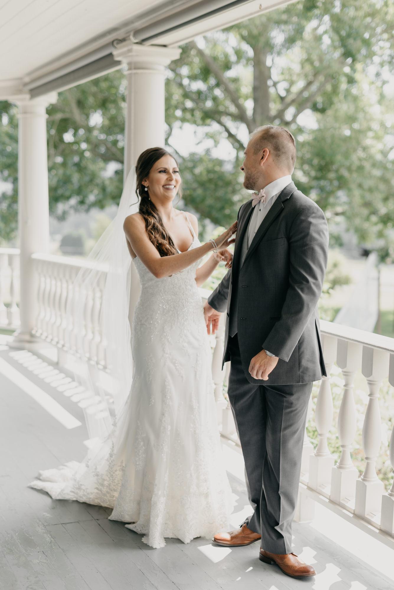 56-first-look-barn-kestrel-wedding-lake-oswego-wedding.jpg