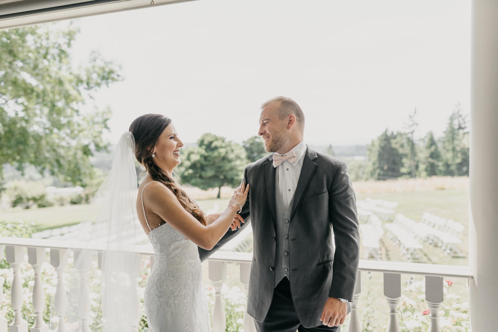 58-first-look-barn-kestrel-wedding-lake-oswego-wedding.jpg