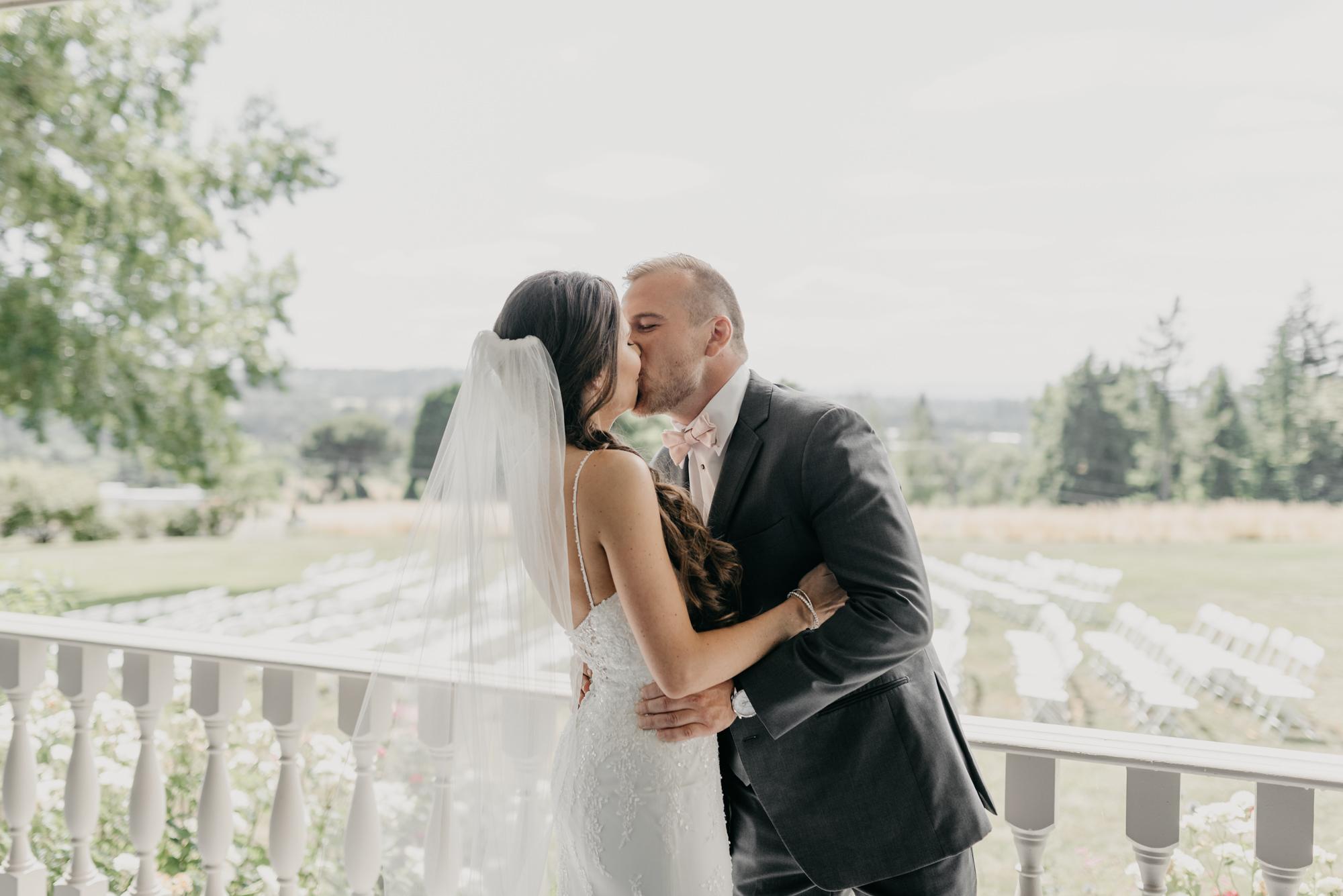 60-first-look-barn-kestrel-wedding-lake-oswego-wedding.jpg