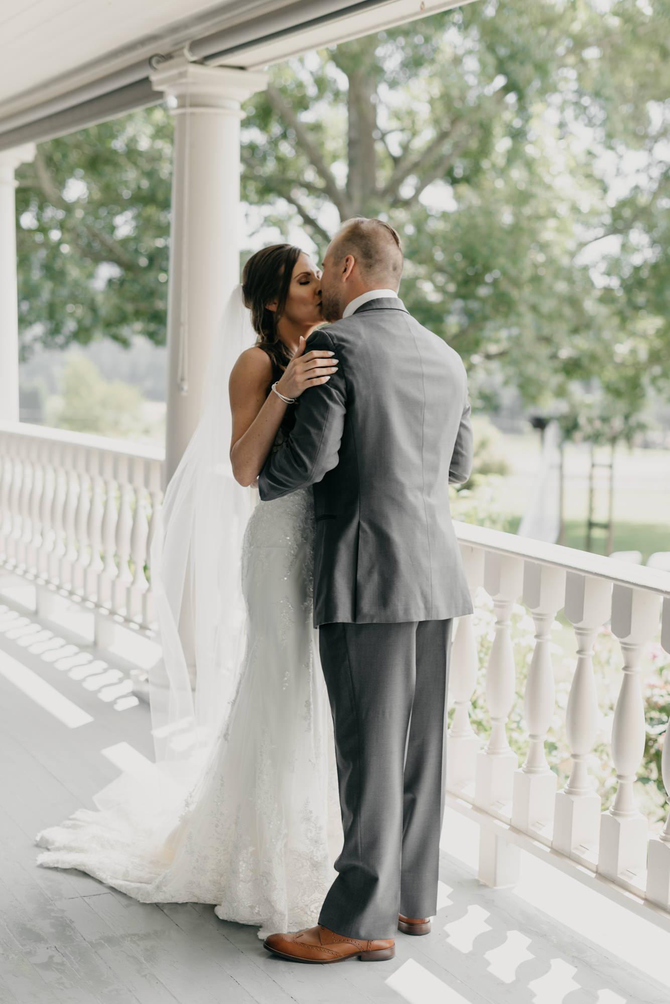 61-first-look-barn-kestrel-wedding-lake-oswego-wedding.jpg