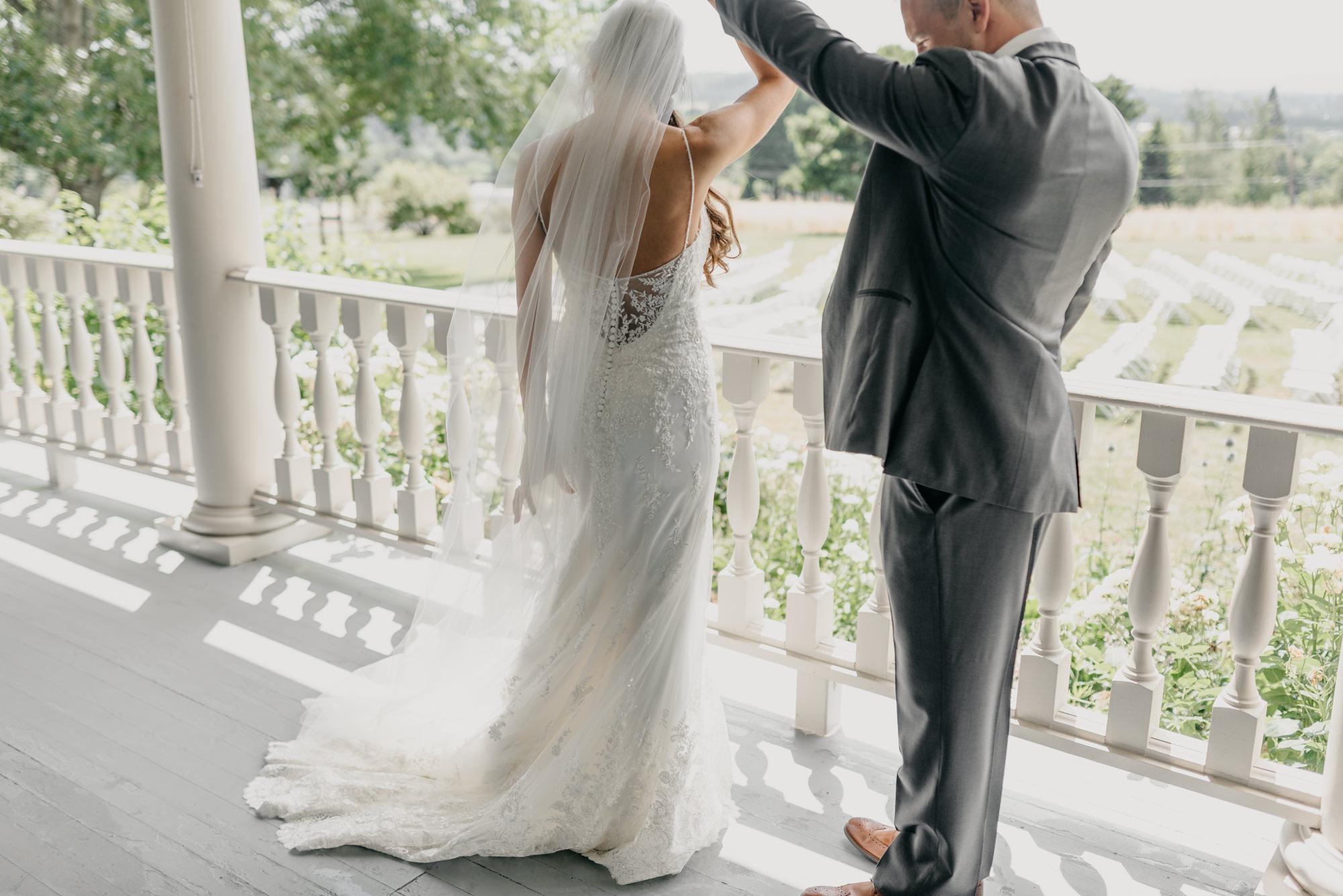 65-first-look-barn-kestrel-wedding-lake-oswego-wedding.jpg
