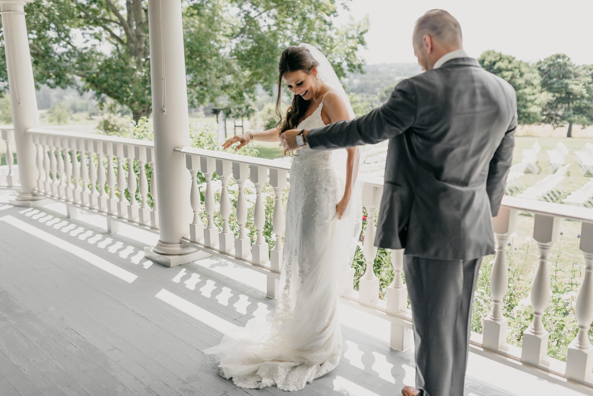 68-first-look-barn-kestrel-wedding-lake-oswego-wedding.jpg
