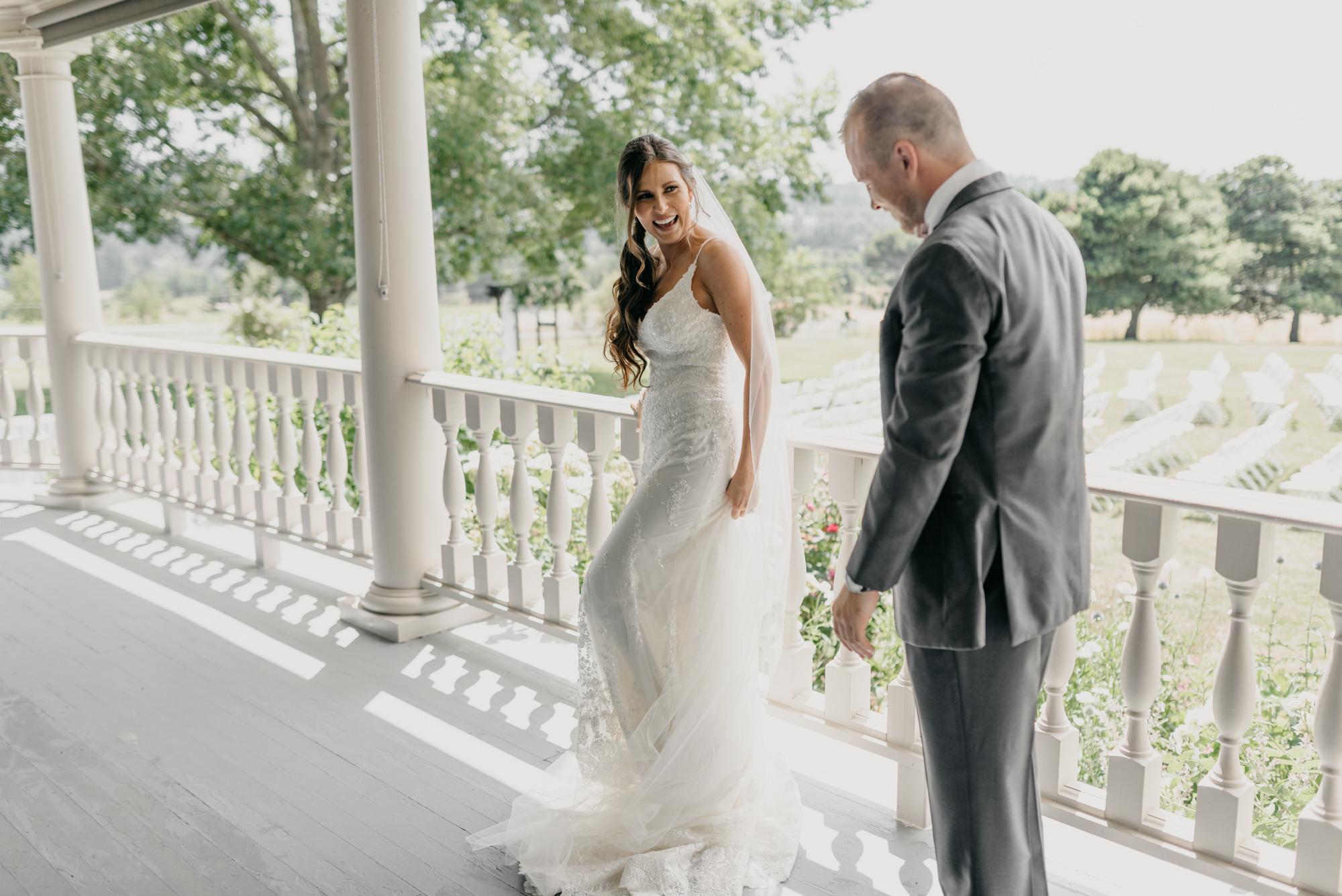 69-first-look-barn-kestrel-wedding-lake-oswego-wedding.jpg