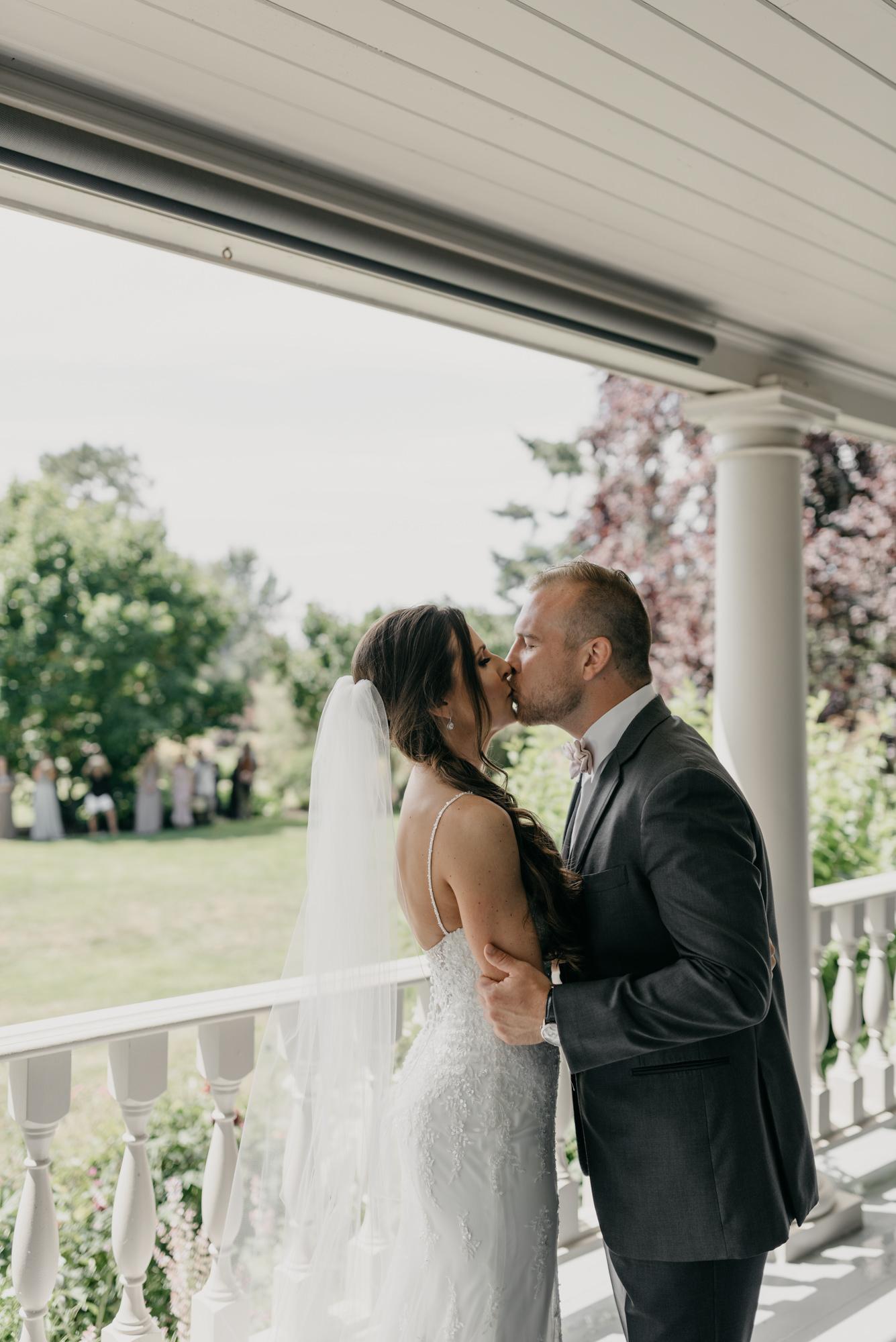 70-first-look-barn-kestrel-wedding-lake-oswego-wedding.jpg