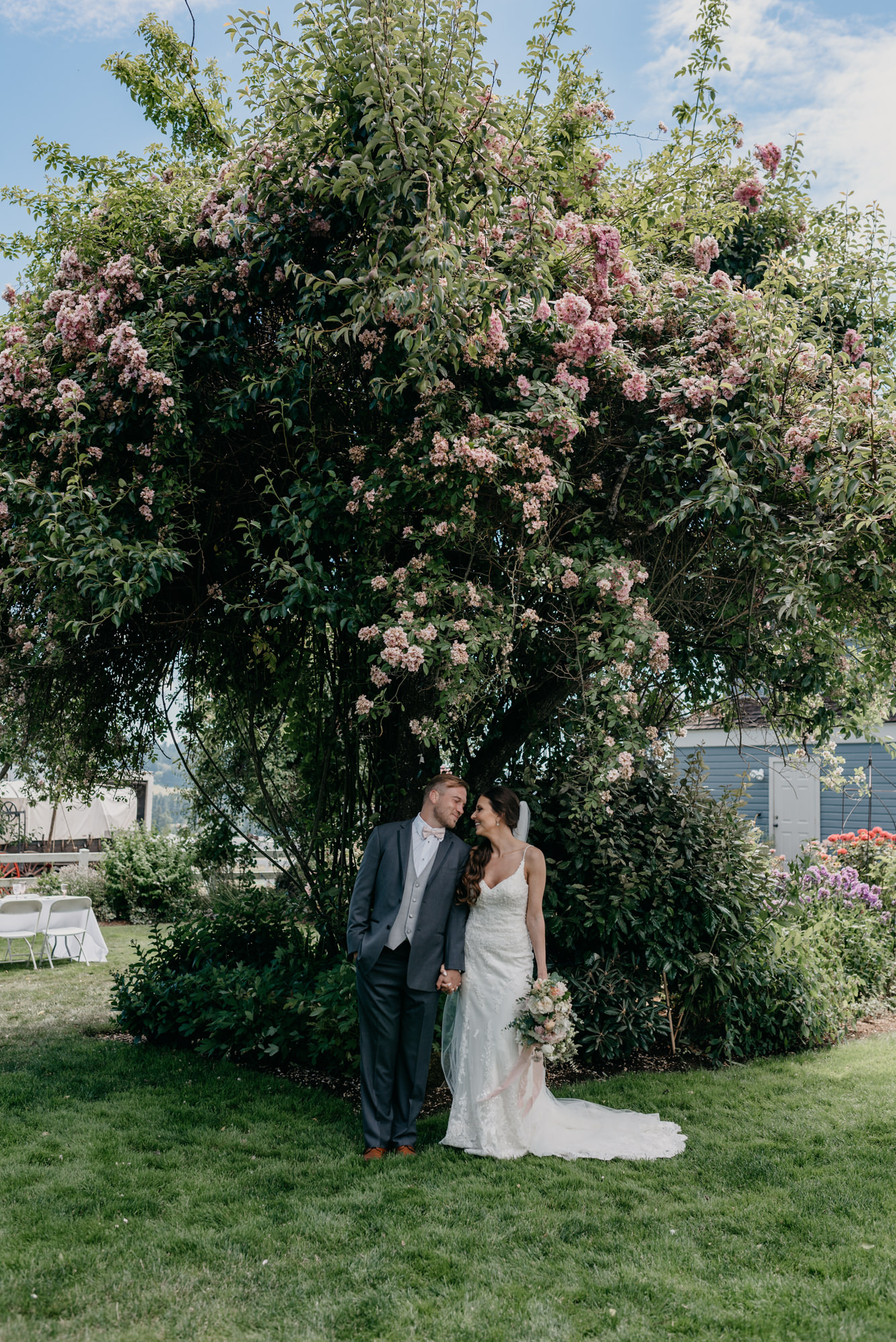 84-lake-oswego-wedding-portland-couple-rose-tree.jpg