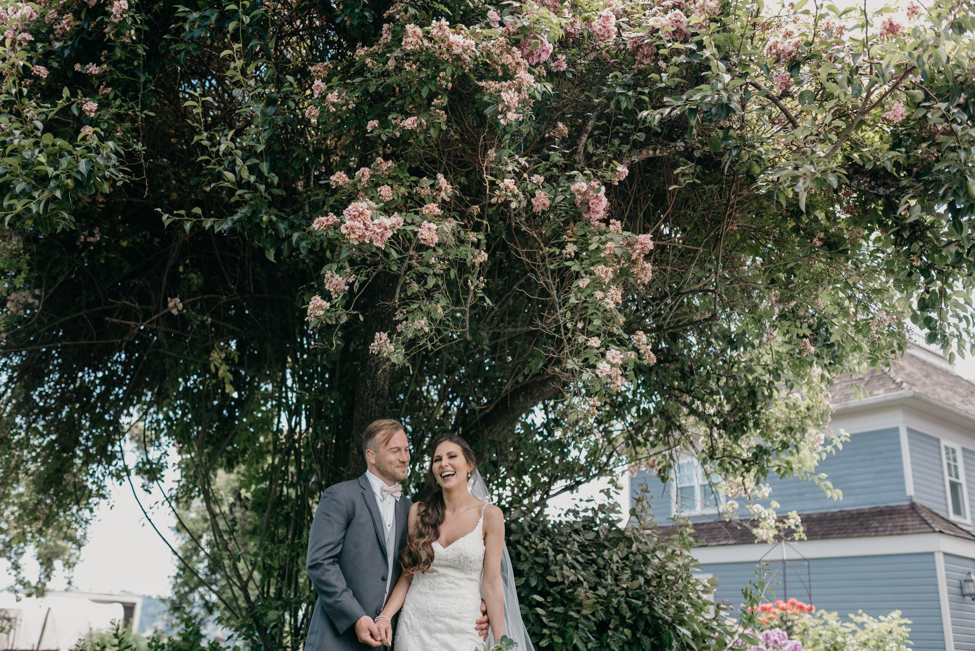 87-lake-oswego-wedding-portland-couple-rose-tree.jpg