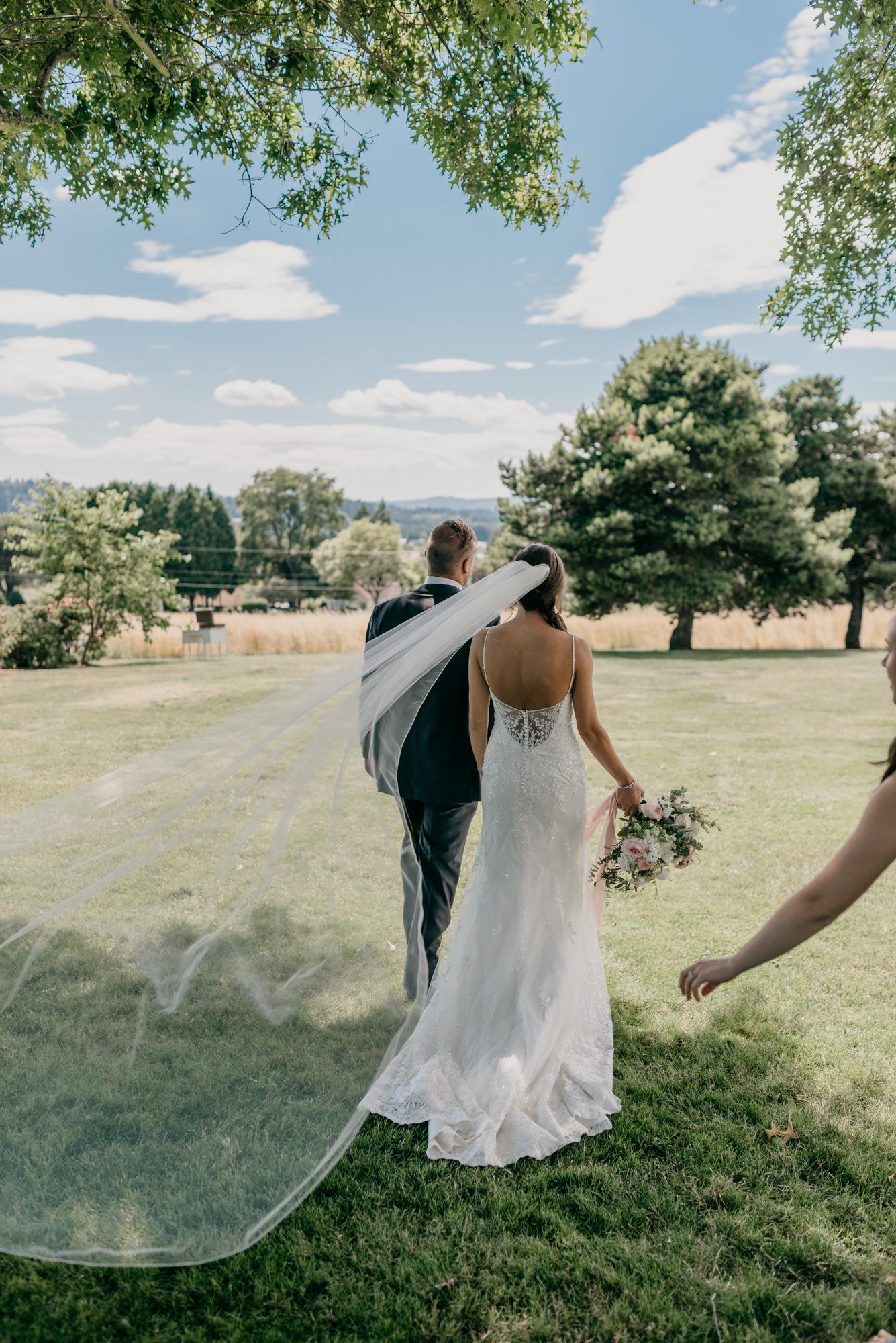 91-lake-oswego-wedding-portland-couple-rose-tree.jpg