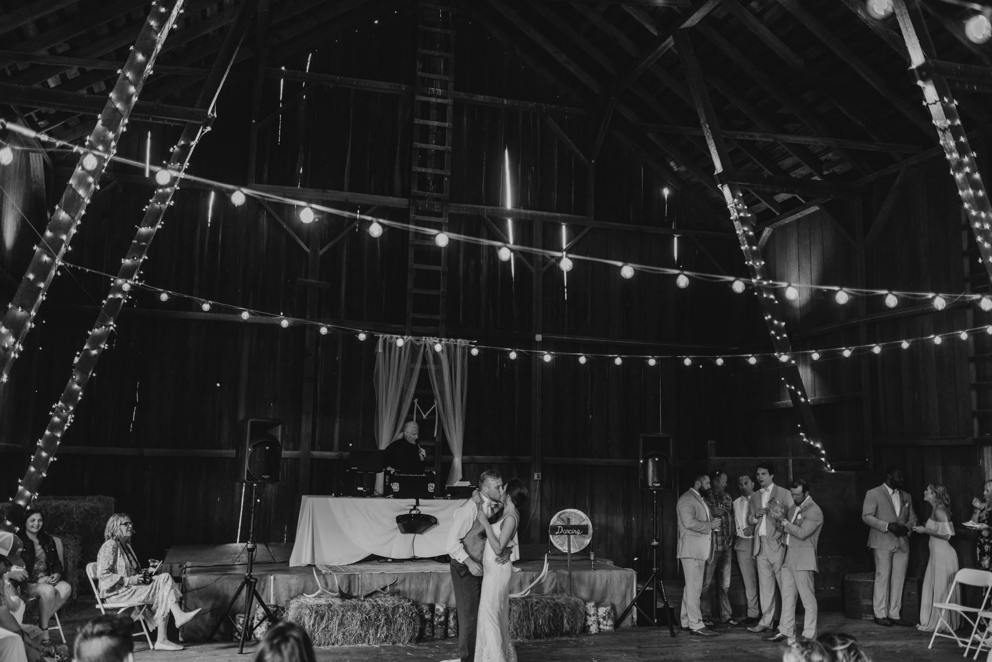 148-barn-kestrel-reception-portland-northwest.jpg