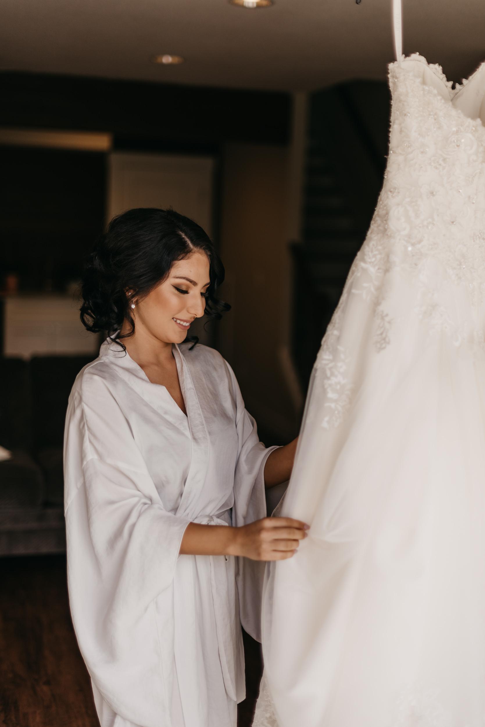7-bride-getting-ready-groom-bridesmaids-6892.jpg