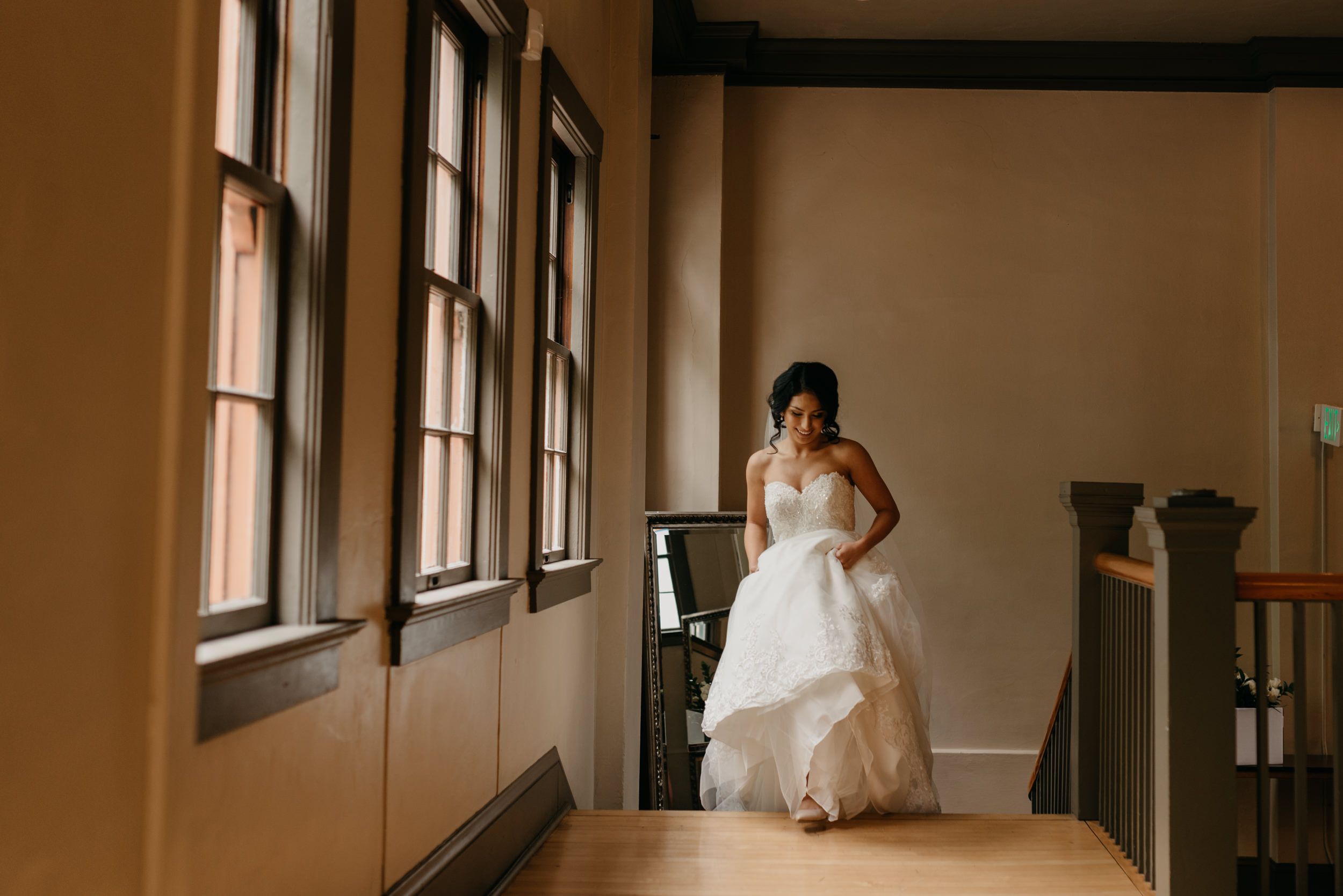 31-bridal-party-downtown-portland-first-look-7324.jpg