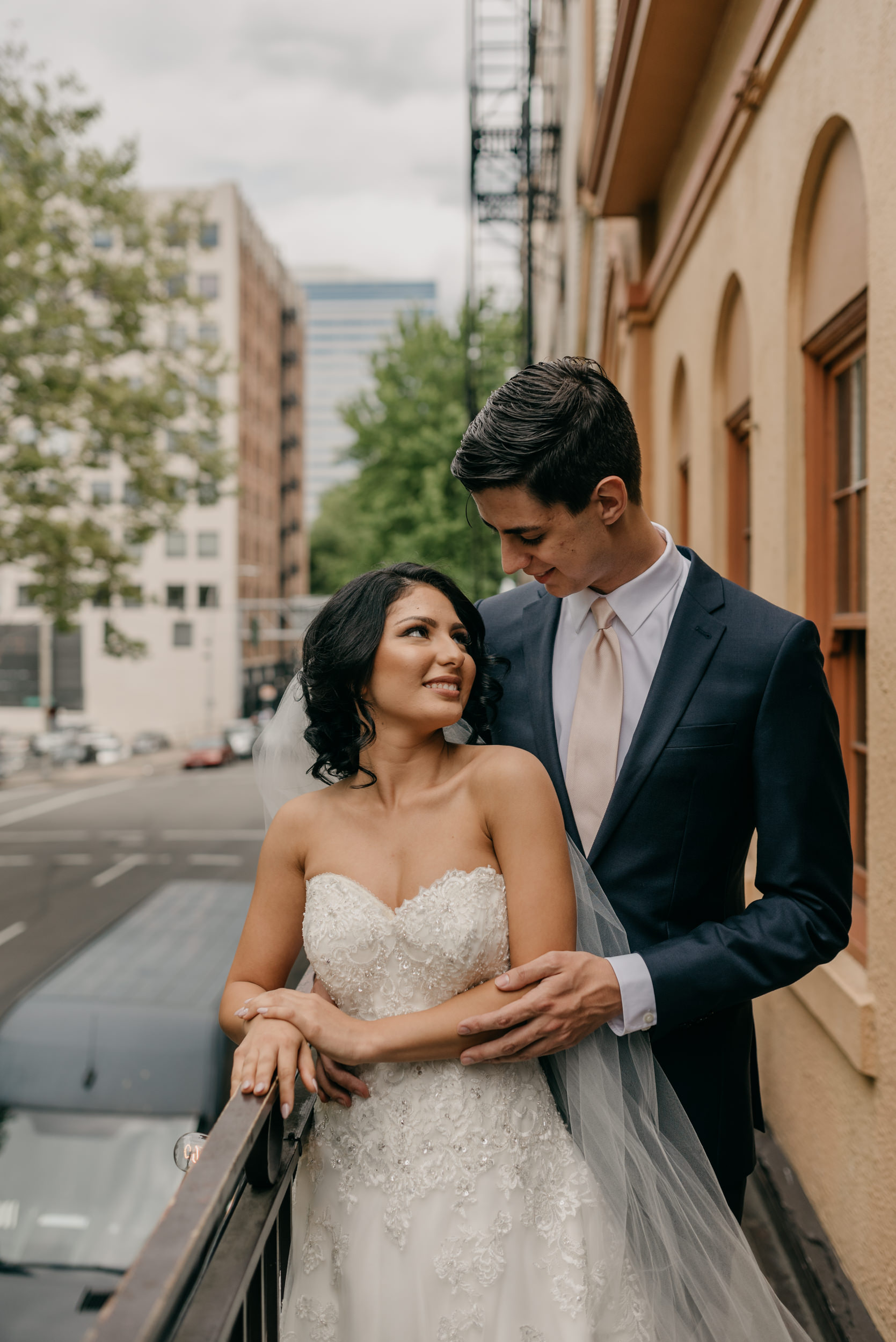 46-bridal-party-downtown-portland-first-look-7484.jpg