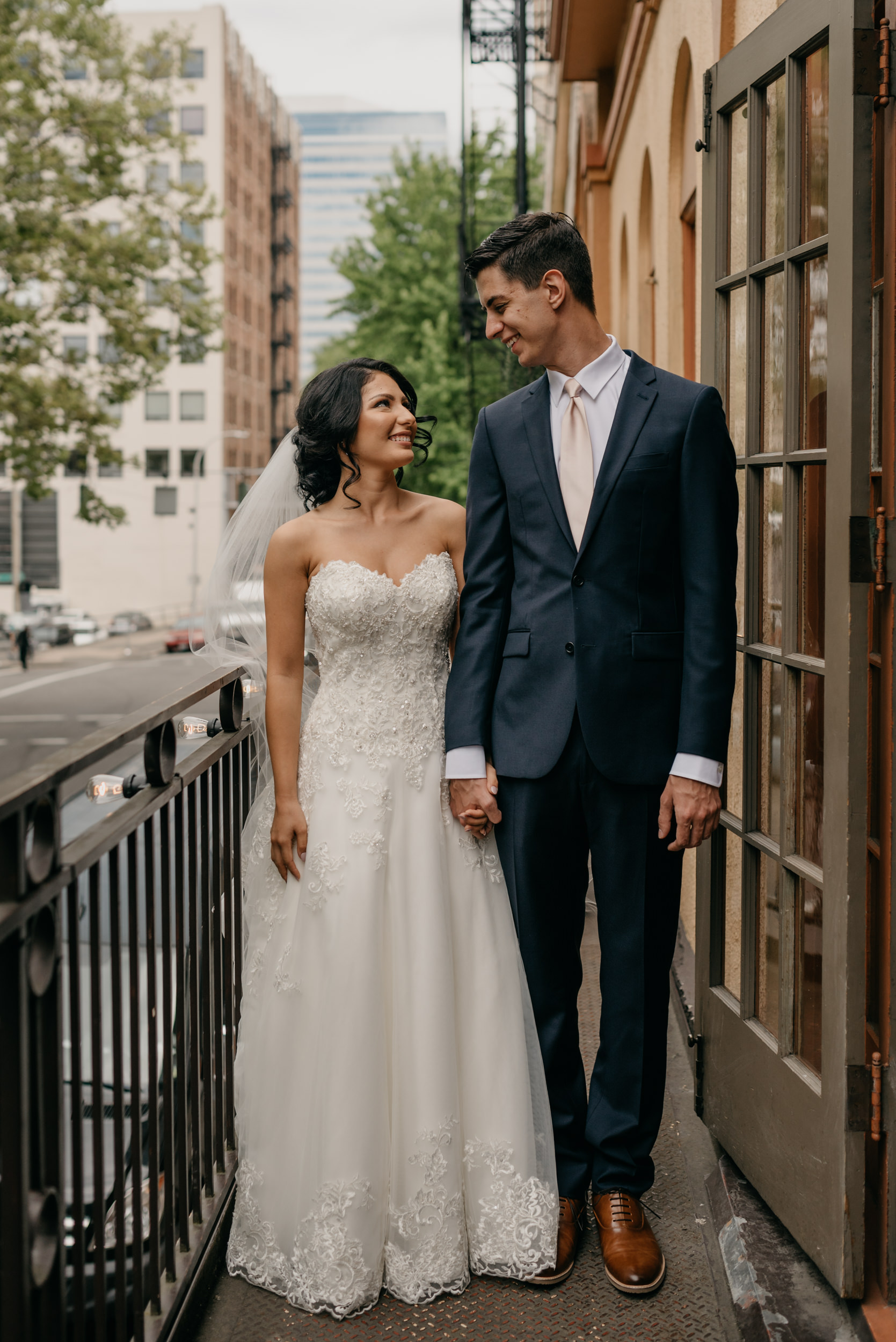 49-bridal-party-downtown-portland-first-look-7502.jpg