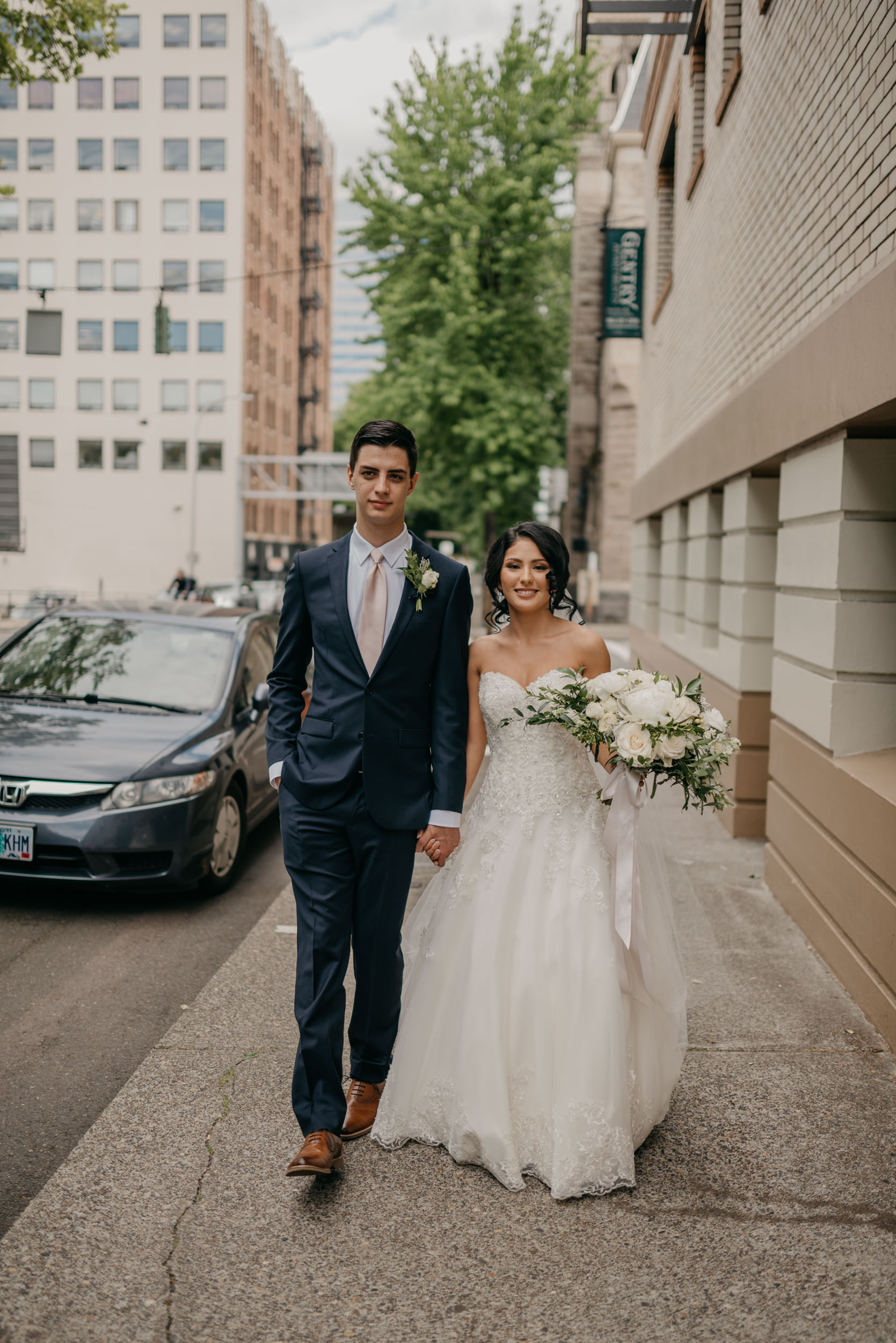 56-bridal-party-downtown-portland-first-look-7609.jpg
