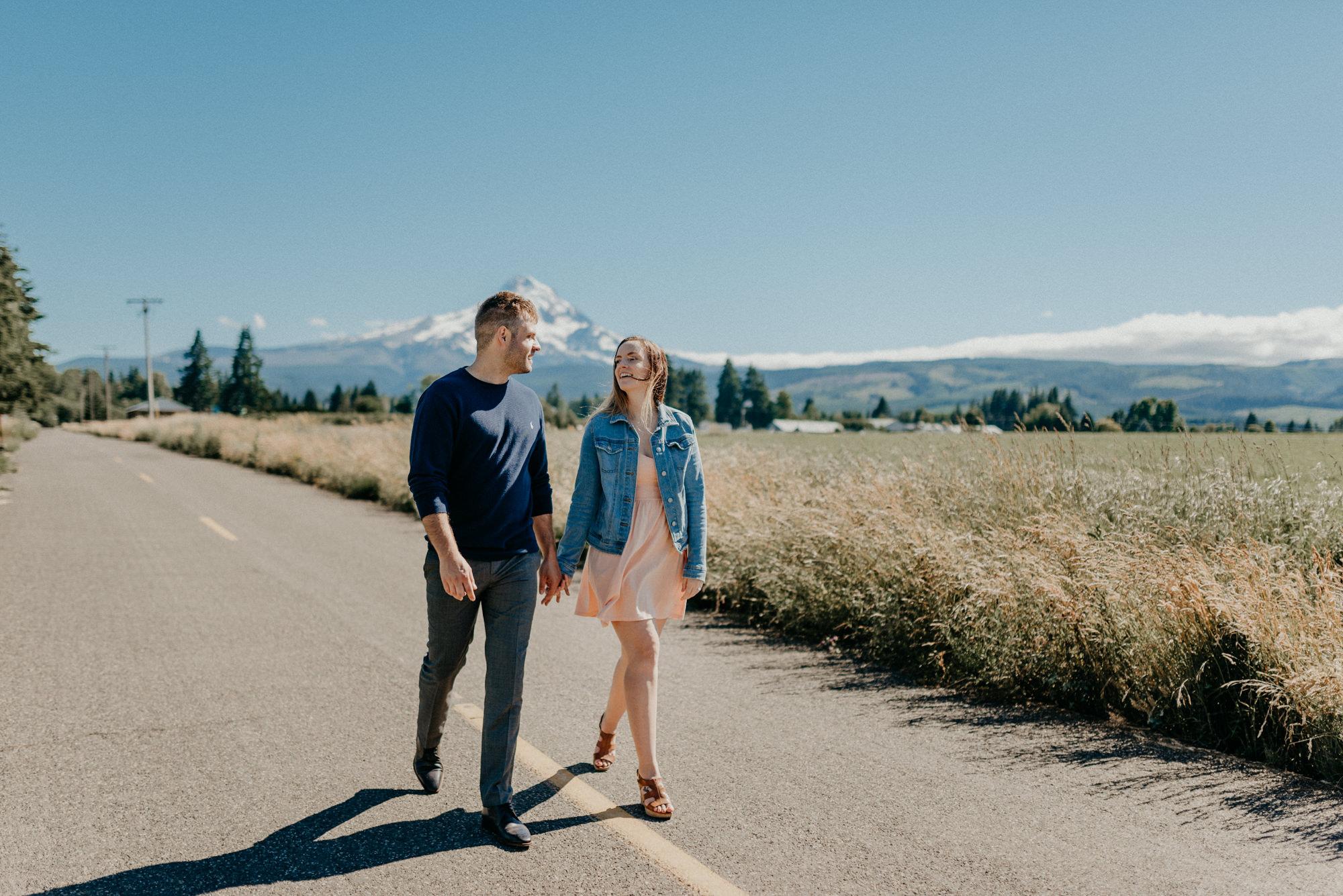 15-Mt-hood-lavender-farms-engagment-couple-summer-7436.jpg