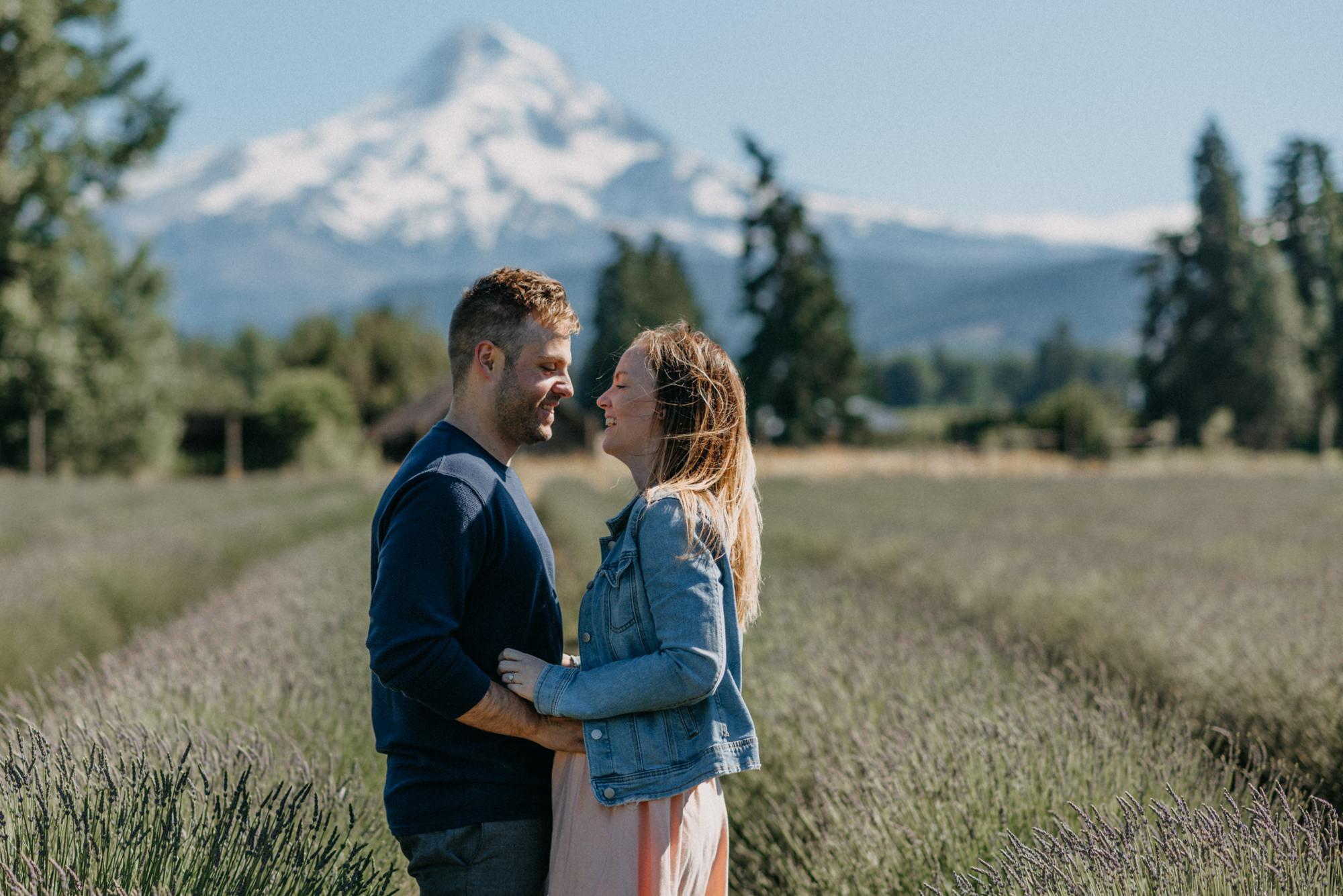 26-Mt-hood-lavender-farms-engagment-couple-summer-7689.jpg
