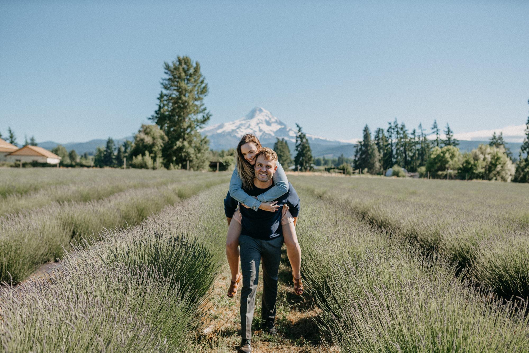 31-Mt-hood-lavender-farms-engagment-couple-summer-7809.jpg