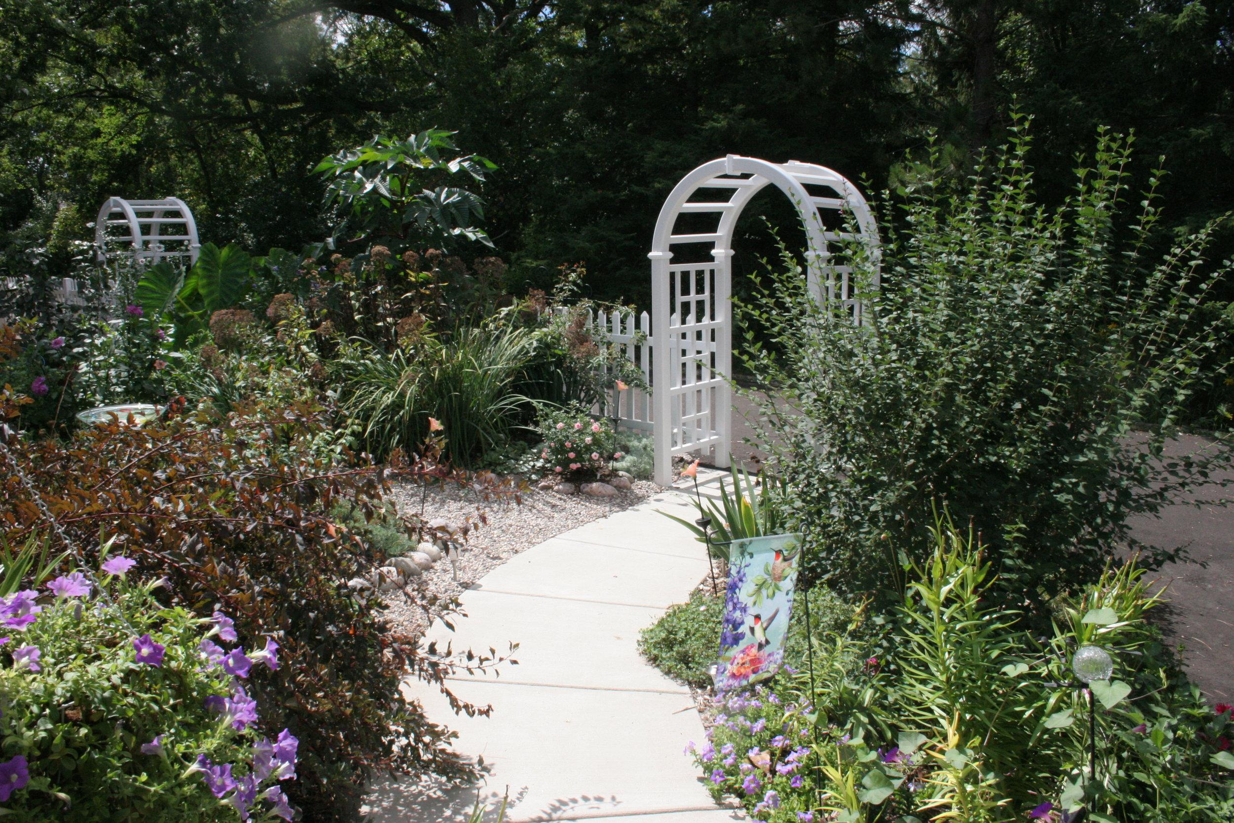 Garden ArchIMG_9854 copy.jpg