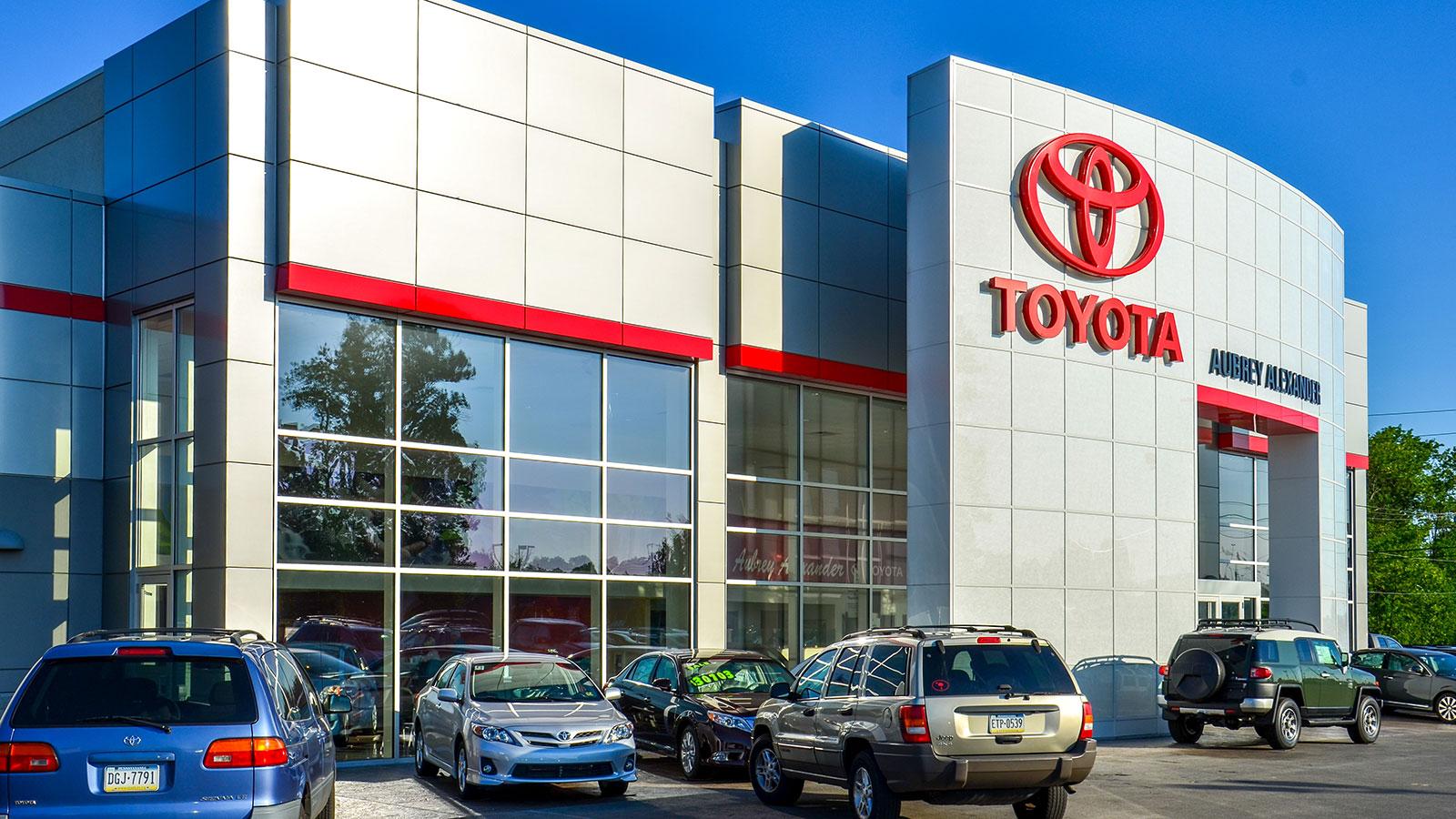 Aubrey-Alexander-Toyota-Exterior-3.jpg