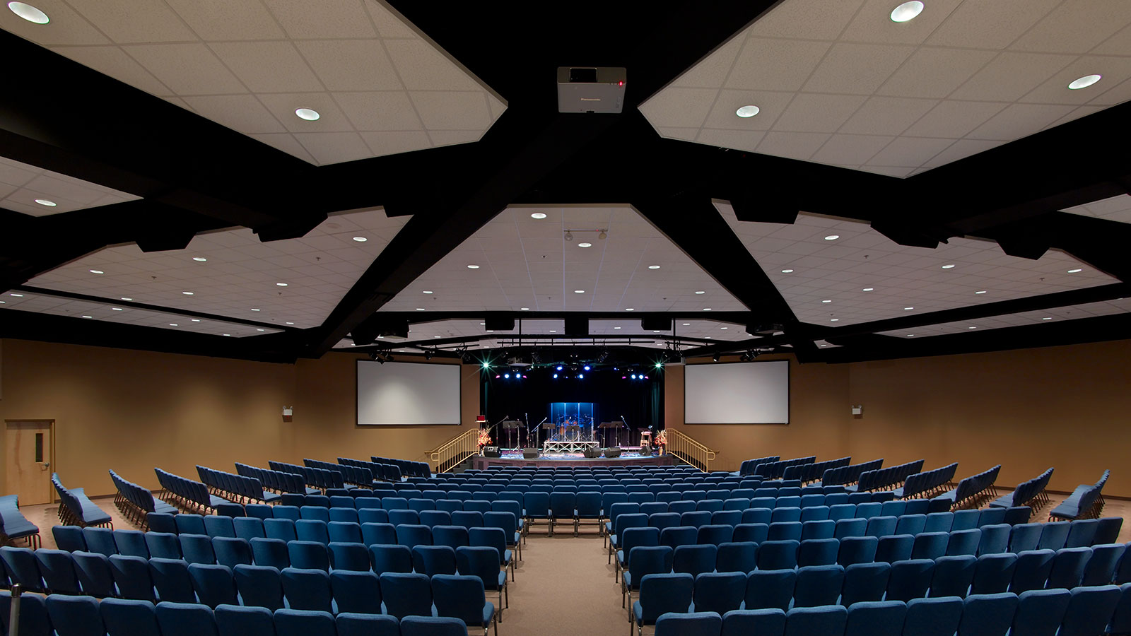 Grace-Fellowship-Church---Phase-1-Auditorium-07.jpg
