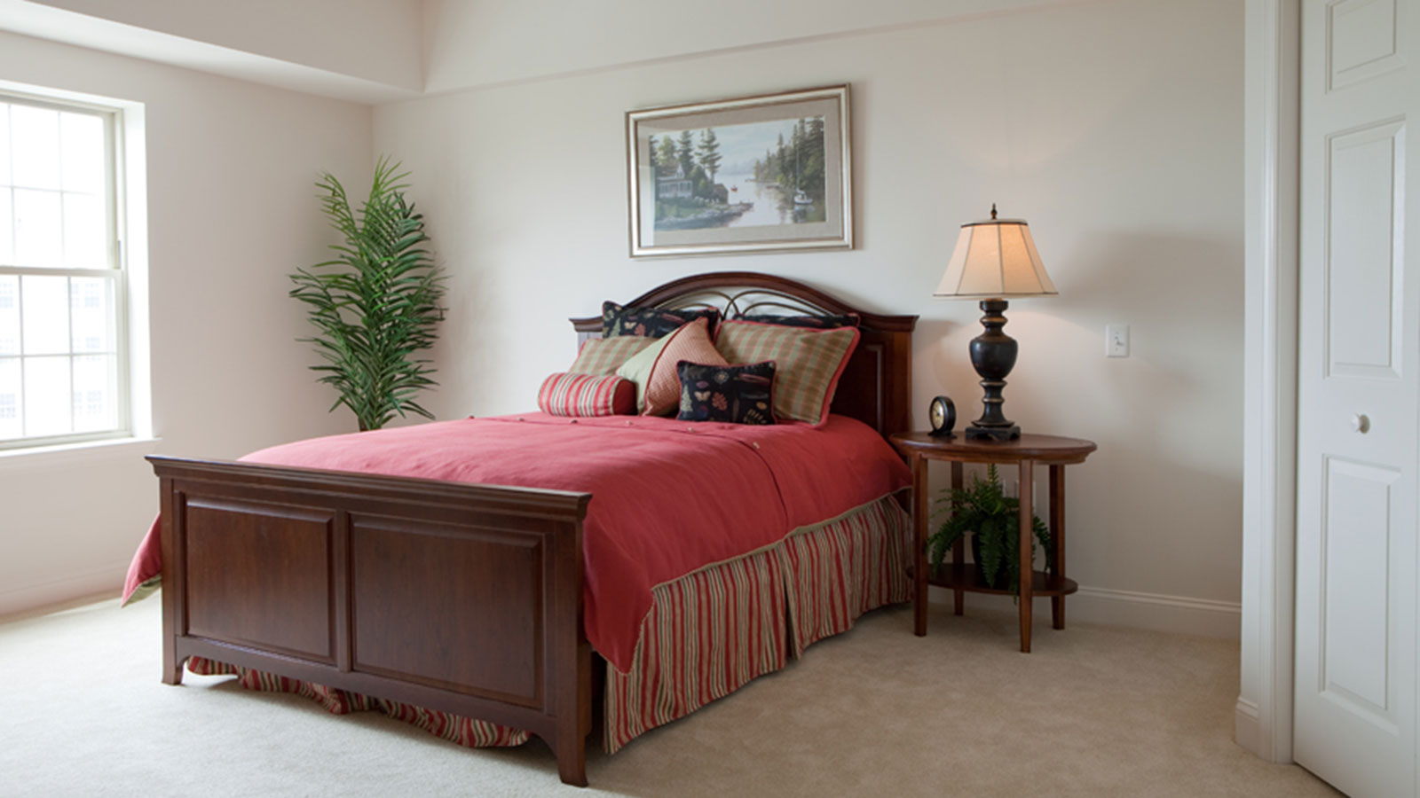GSV-Village-Square-Apartments-Bedroom.jpg