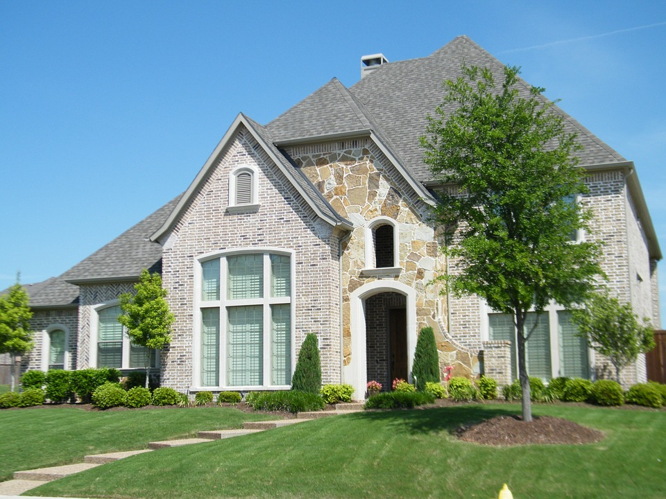 Picture of a brick house