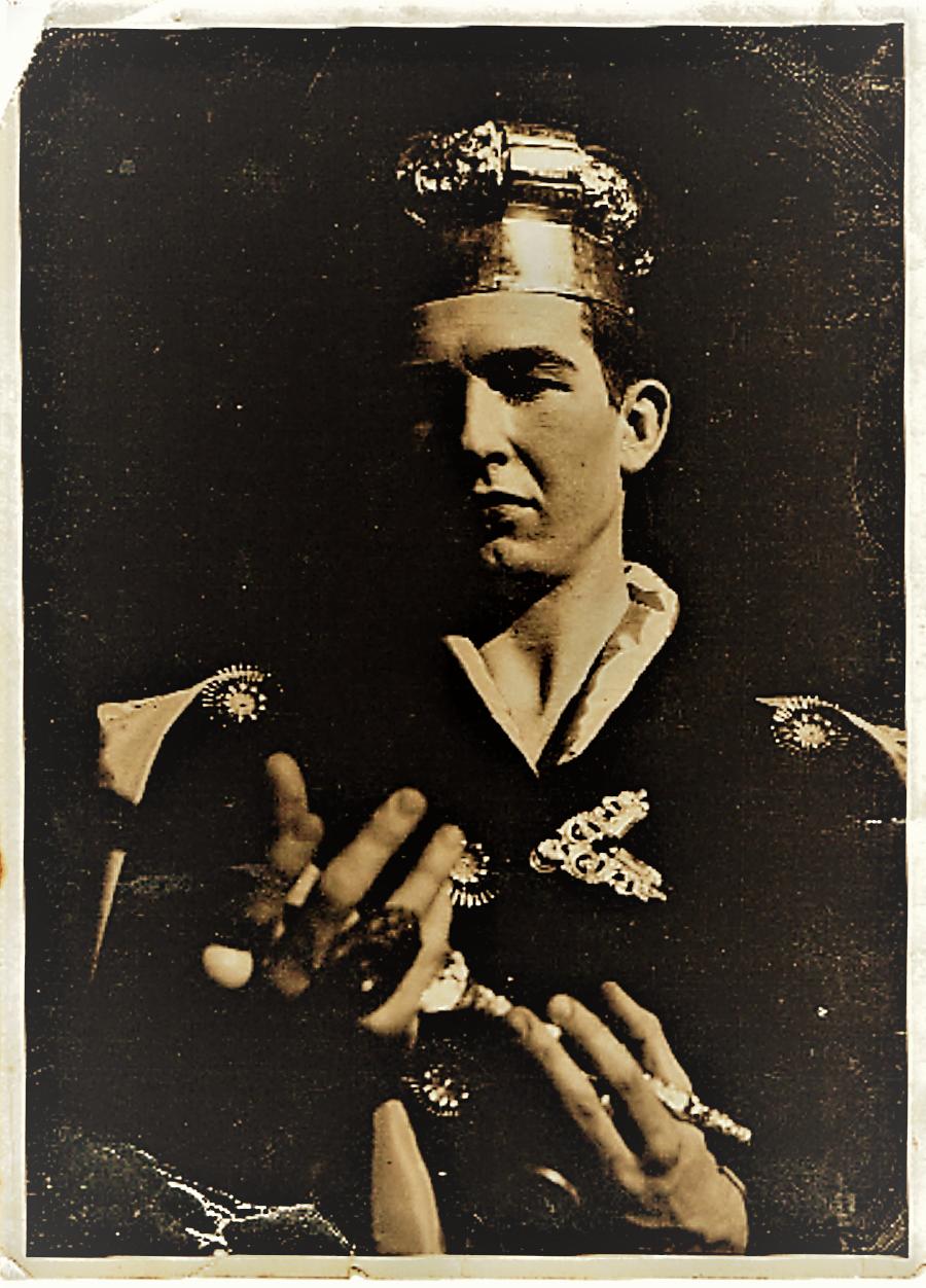 Gene Hatfield, in war clothes in France 1944.jpg