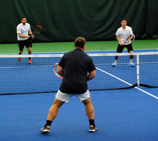 Tennis tourney 3 guys 320px.jpg
