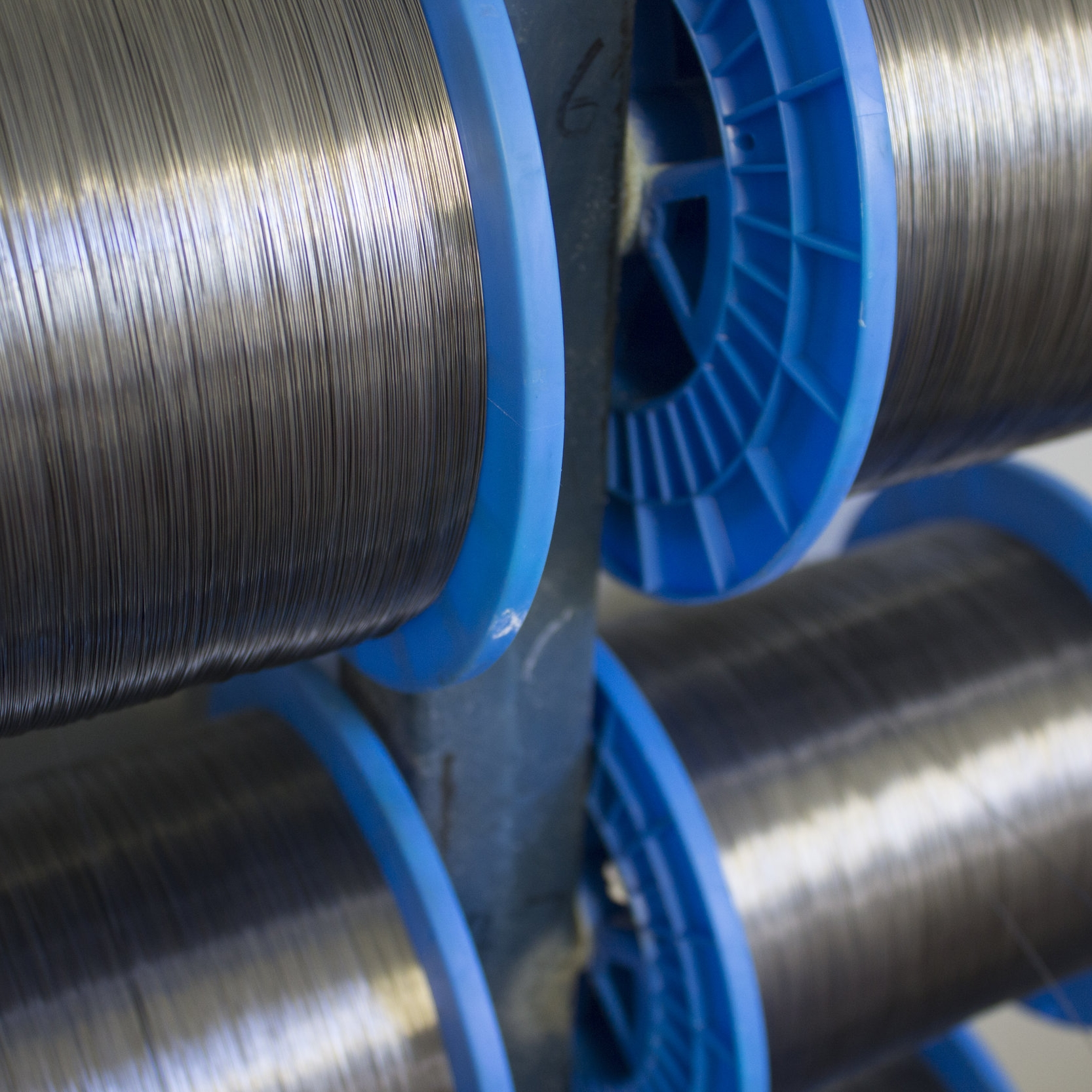 Soft annealed steel wire from Europe - This wire offers the flexibility and durability needed to keep the cane on the fruiting wire throughout the season.This level of testing has produced a high quality twist tie for use in vineyard, farm or garden.