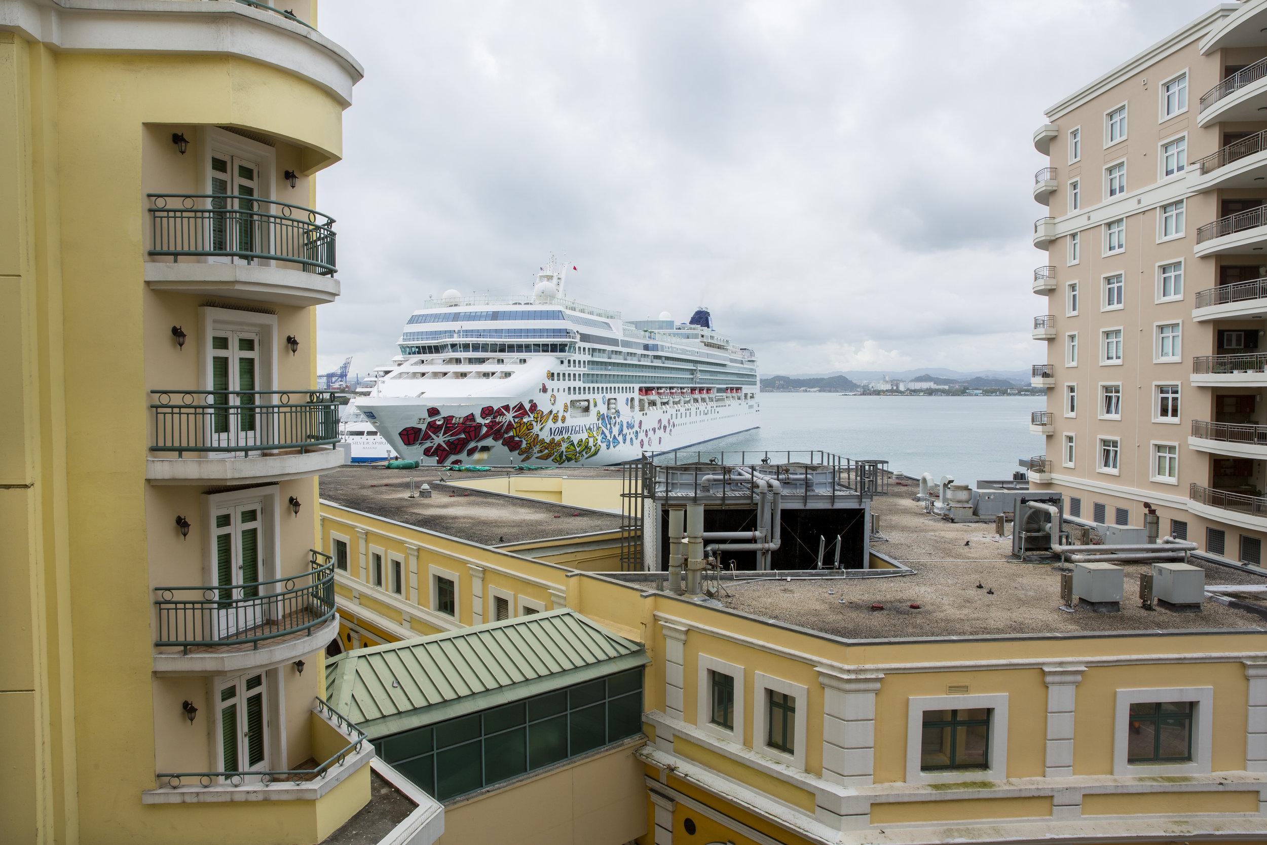 Cruise Liner_OSJ.jpg