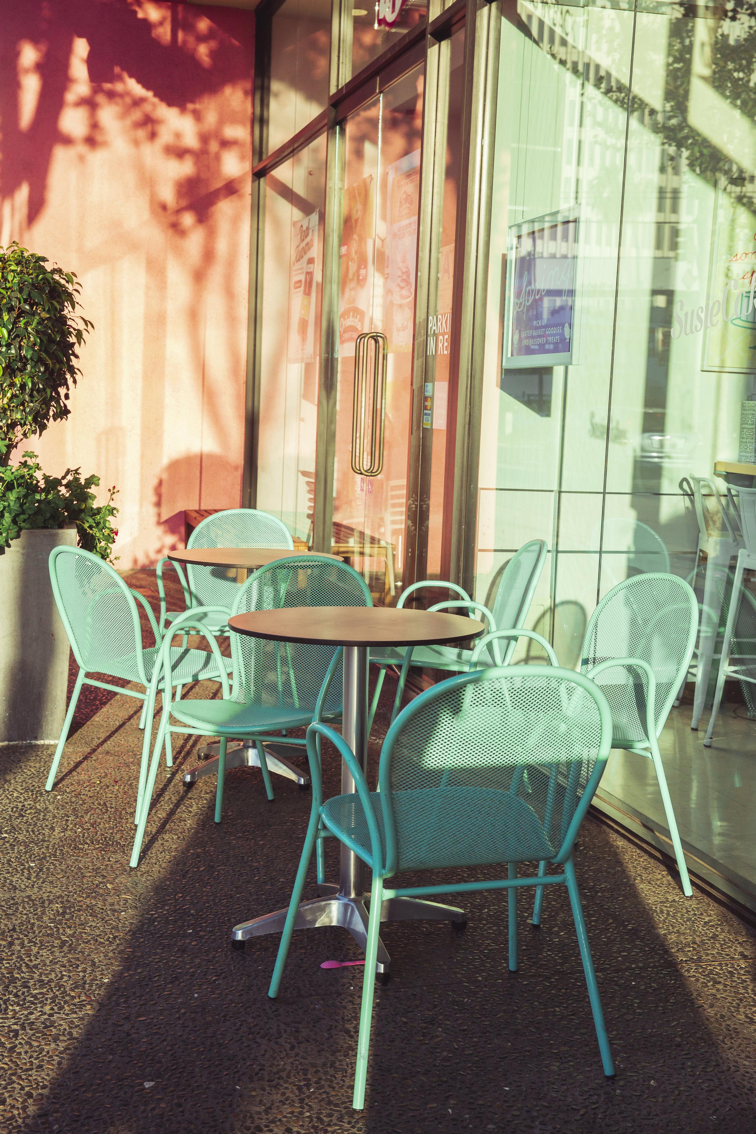 Chairs_01.jpg