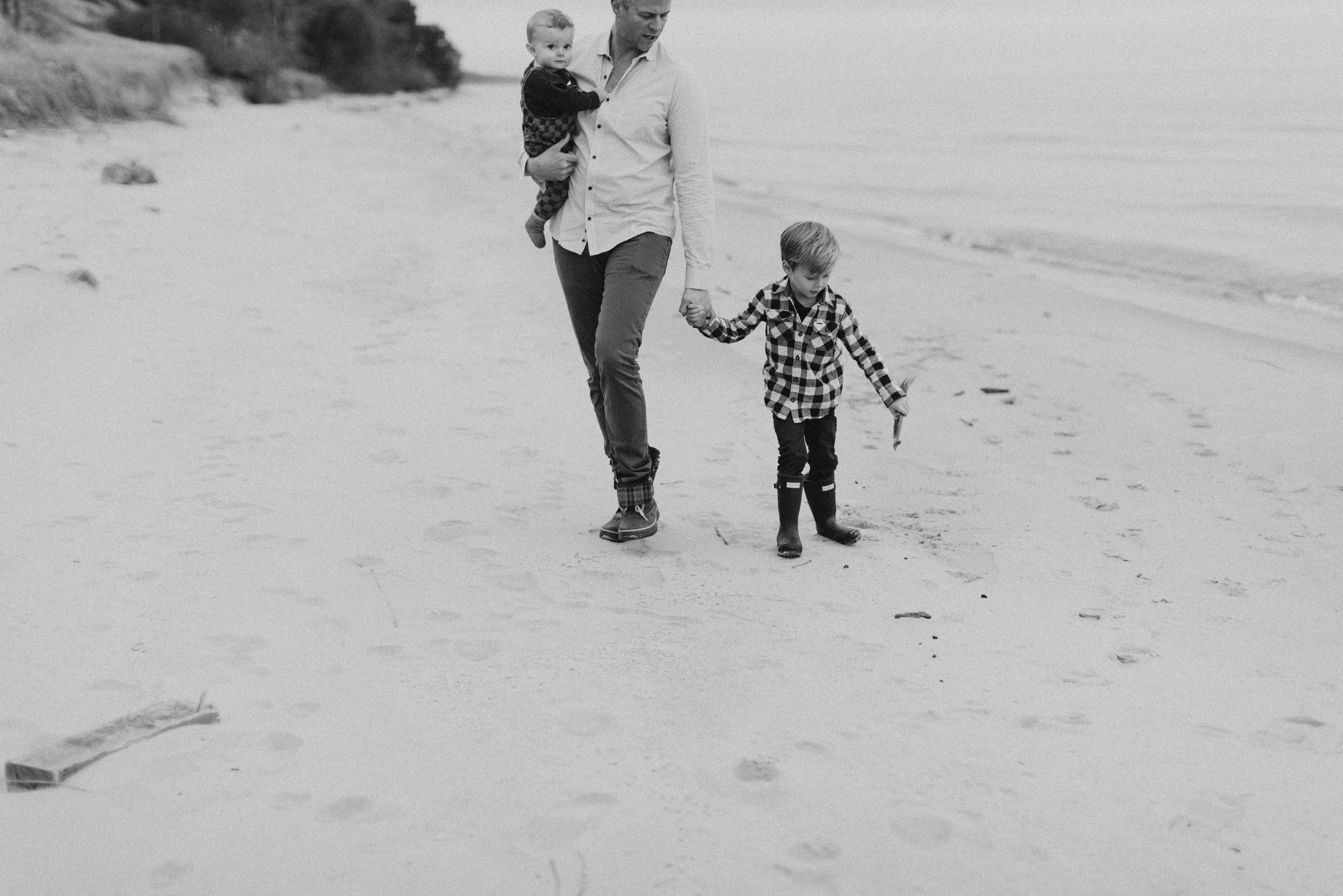 fall family photos | michigan beach session | alexa karen photography3.jpg
