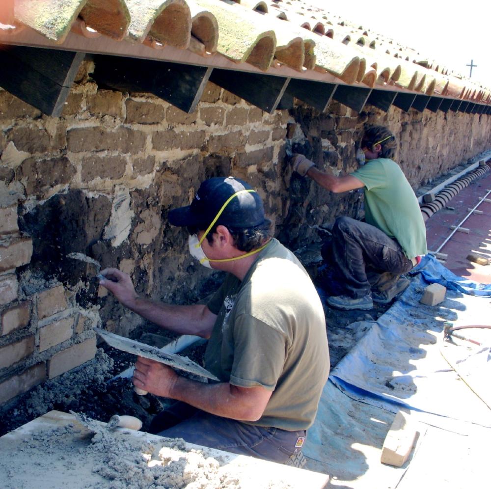 Mission+San+Juan+Capistrano,+Serra+Chapel+patching.Credit+ARG+Conservation+Services_San+Juan+Capistrano_20051028..jpg