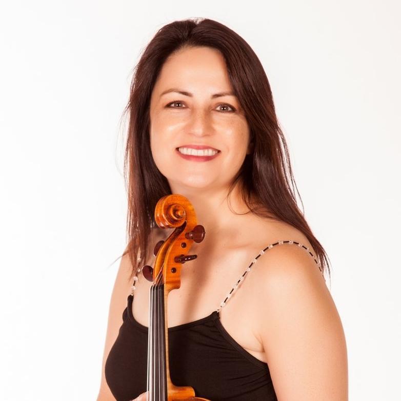 Korine Fujiwara , viola