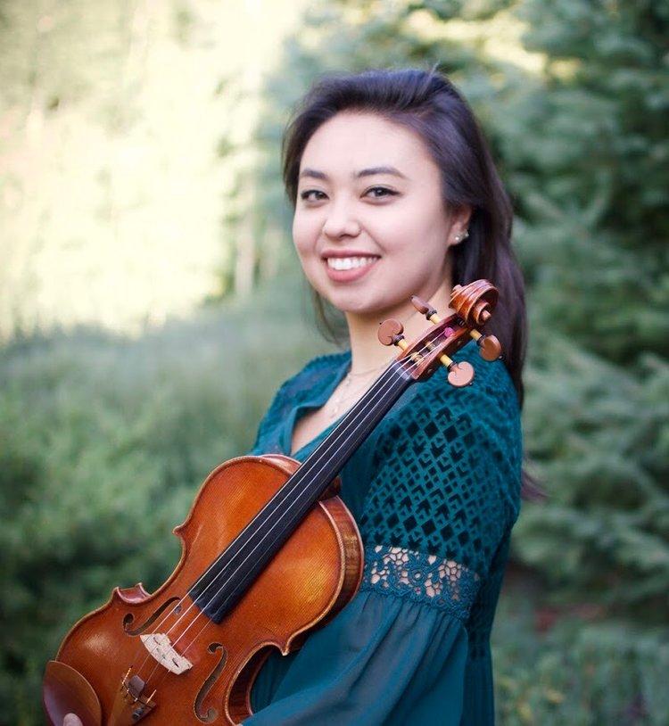 Marisa Ishikawa , violin