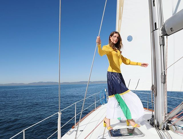 Couldn't have chosen a more perfect day for a sail. @manhattanvillage SS19 shoot - lovely model @thesaladslayer wearing @macys | MUA: @martine__leblanc . . #fashionphotography #oceanlover #bluesky #nauticalstyle #notabadlife #californialiving #manhattanbeach #sailingday #perfectday