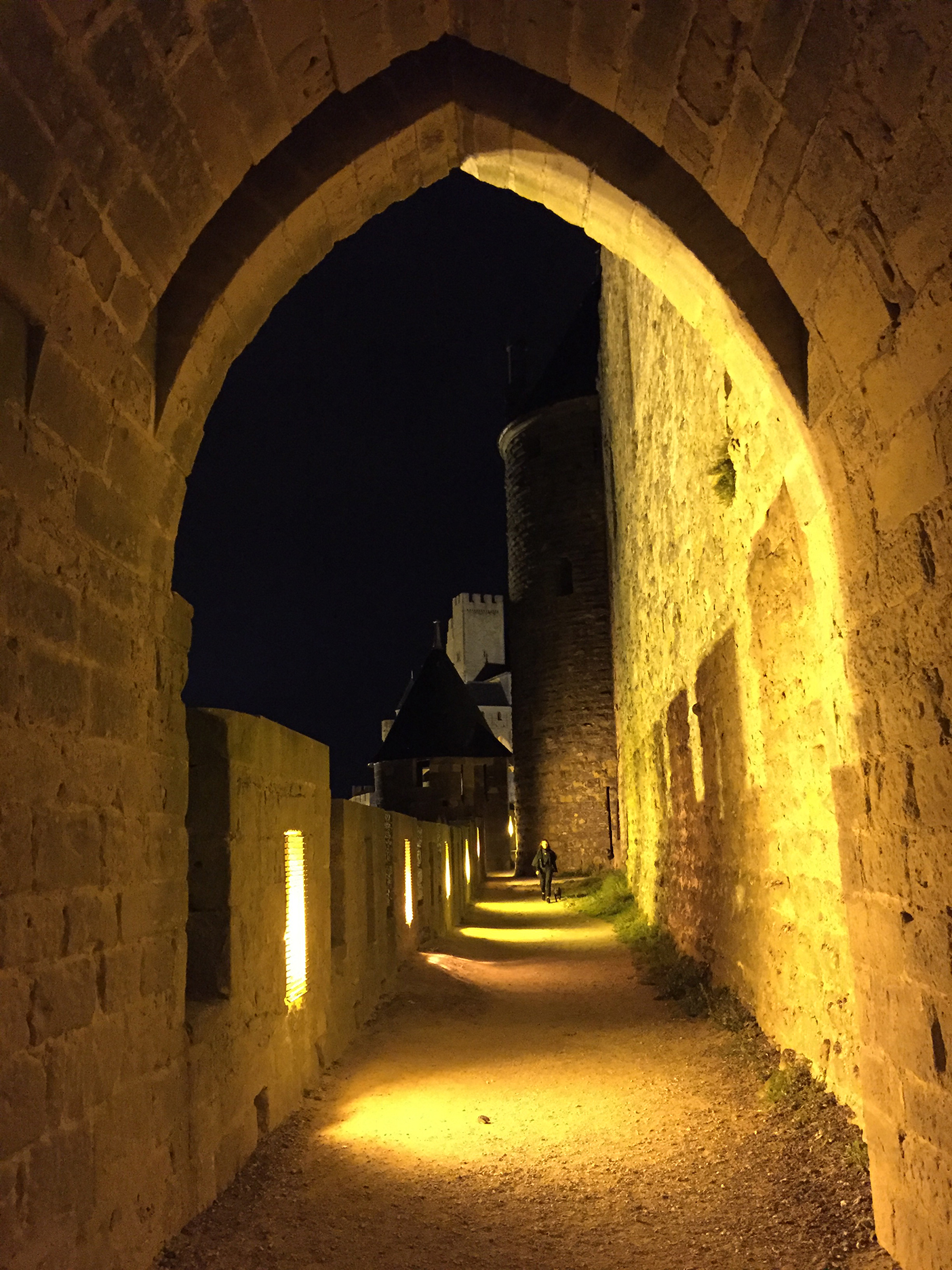 Between the two walls, looking toward the Château Comtal