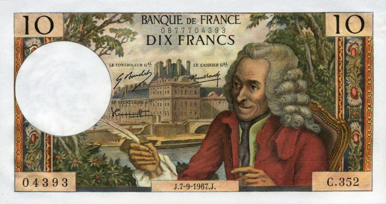 Voltaire, 10 F