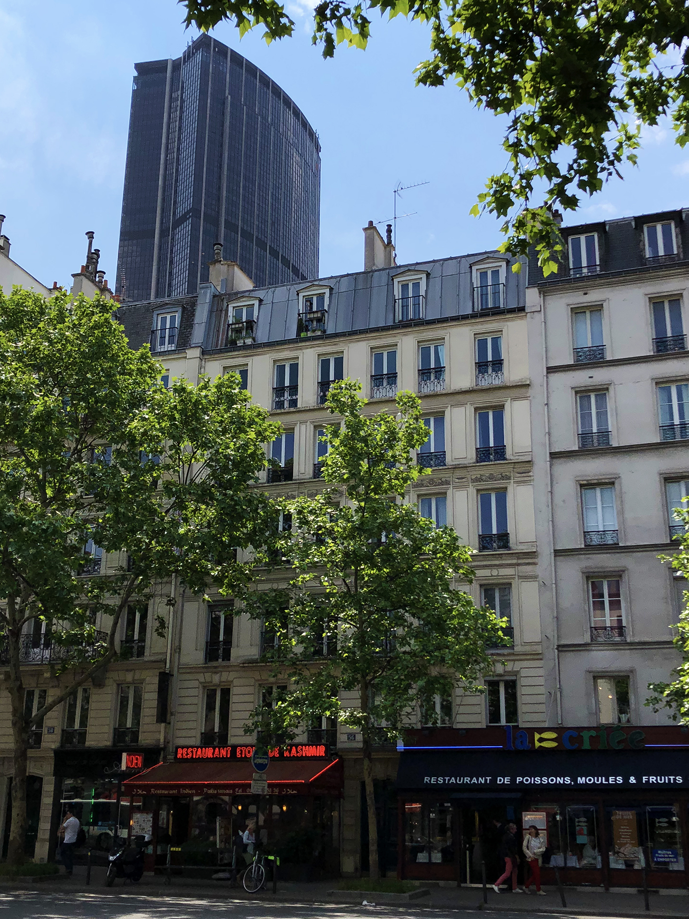 Tour Montparnasse viewed from boulevard du Montparnasse