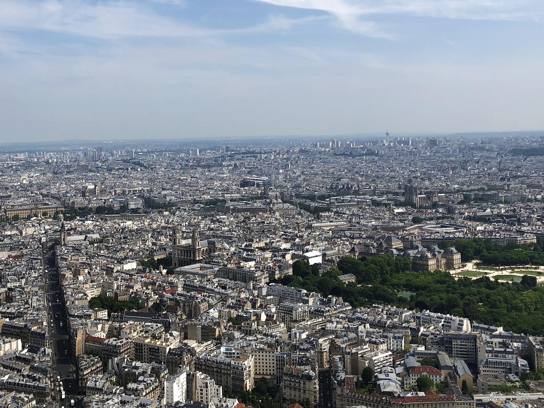 Rue de Rennes, St Sulpice, Centre Pompidou, Tour St Jacques, Ste Chapelle, Hôtel de Ville, Notre-Dame, Palais du Luxembourg.
