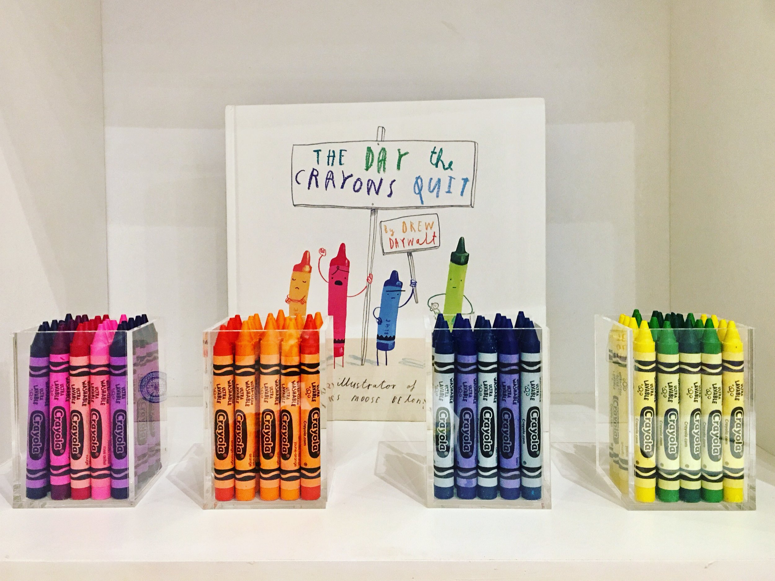 Making your kids crayons look like artwork