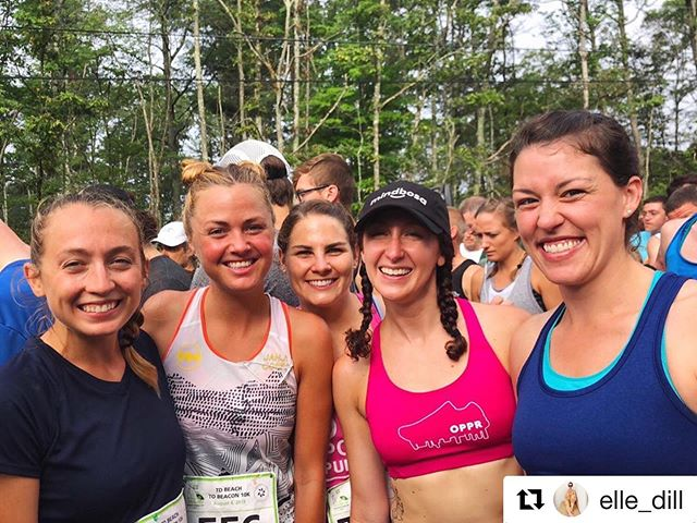 #Repost @elle_dill 🐝 2️⃣ 🐝 #tbt   Throwing it back to last year's 🧯🔥☀️🥵 #tdb2b10k! Who will we see this year?! 👋🏼📢