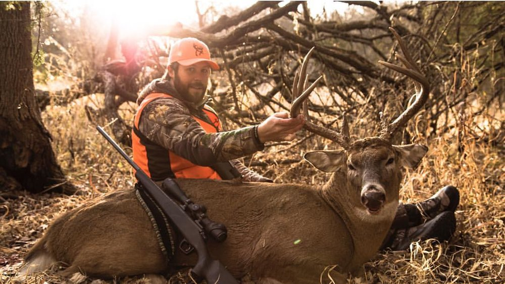 Grant_Taylor_Buck_Commander_with_deer
