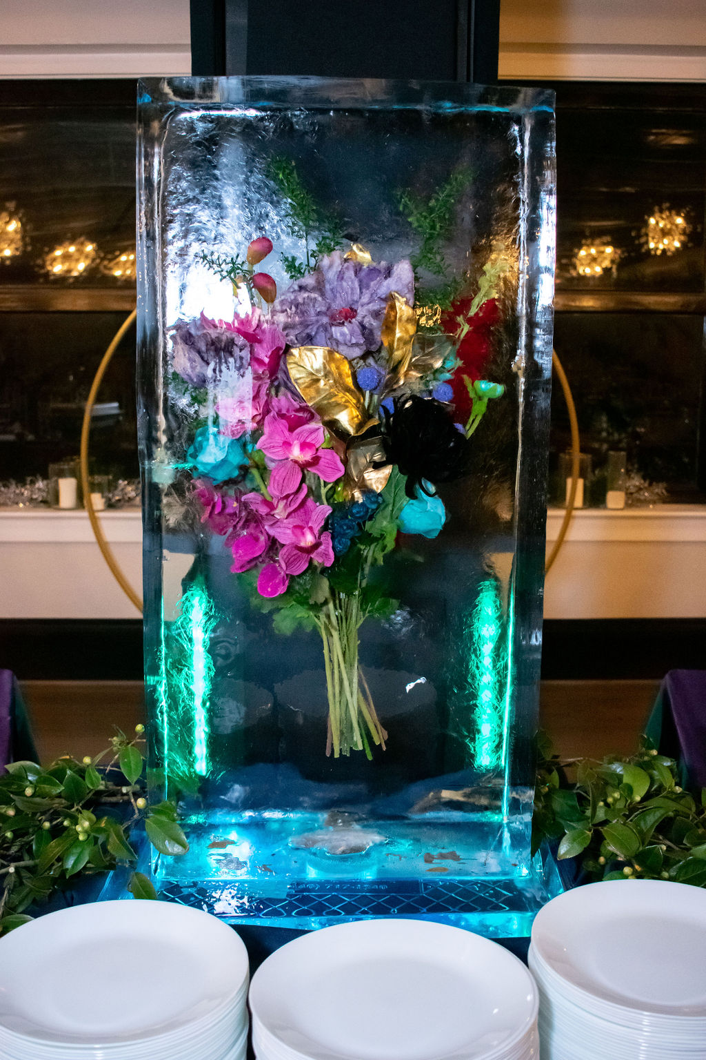centerpiece-flowers-ice-sculpture-events