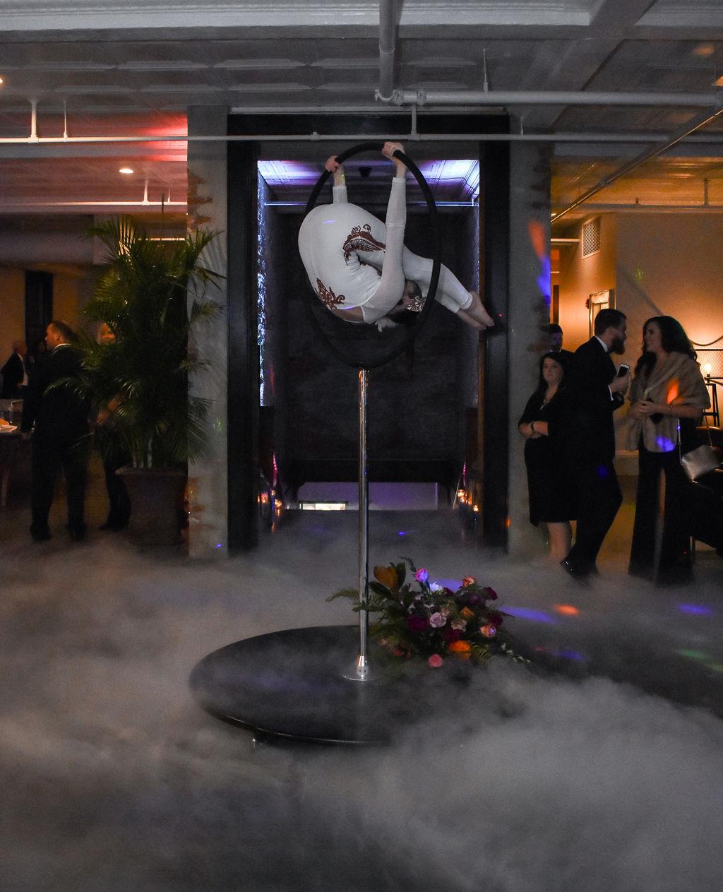 acrobat-performer-NYE-party