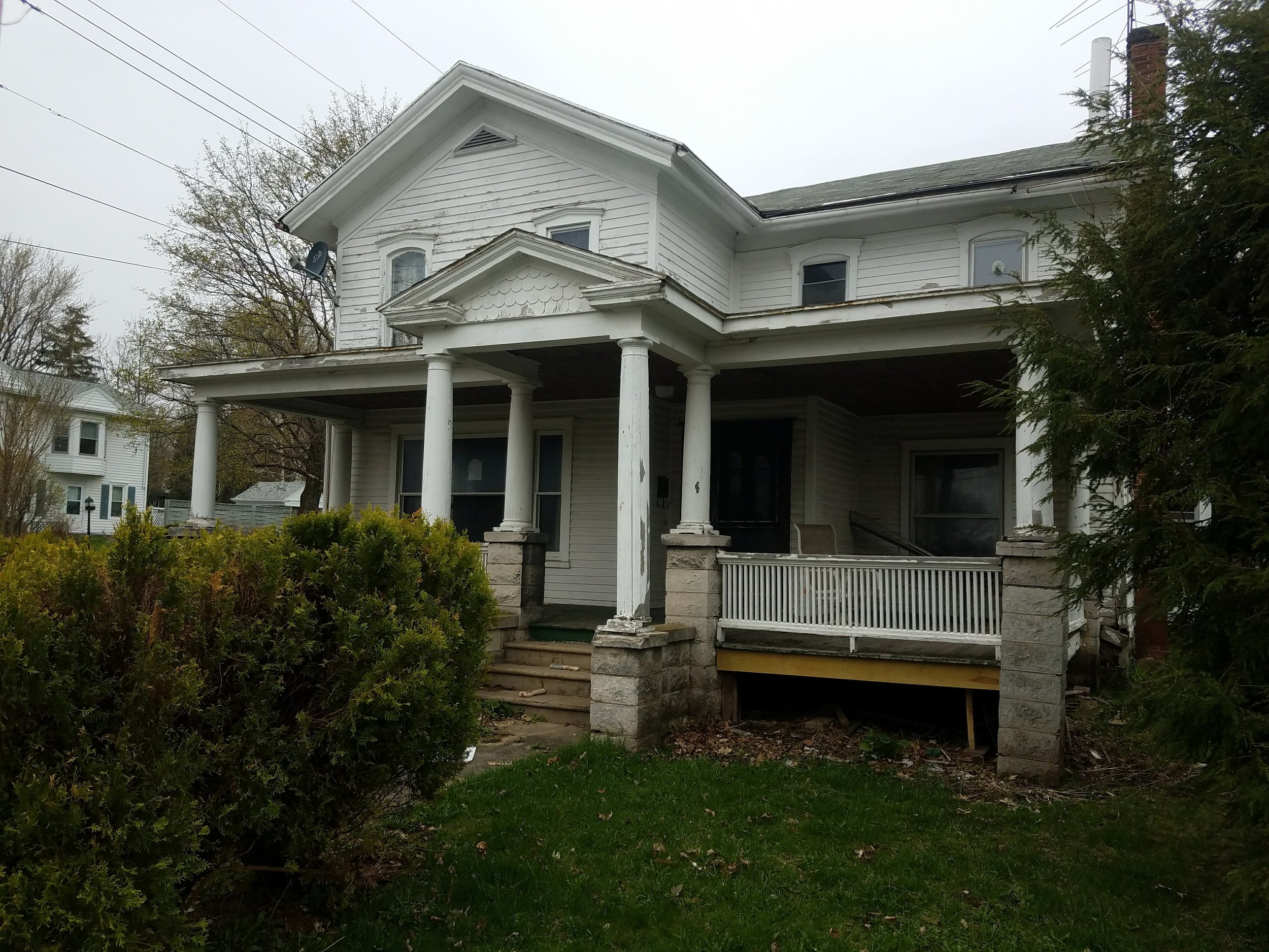 61 W Genesee St, Clyde, NY 14433