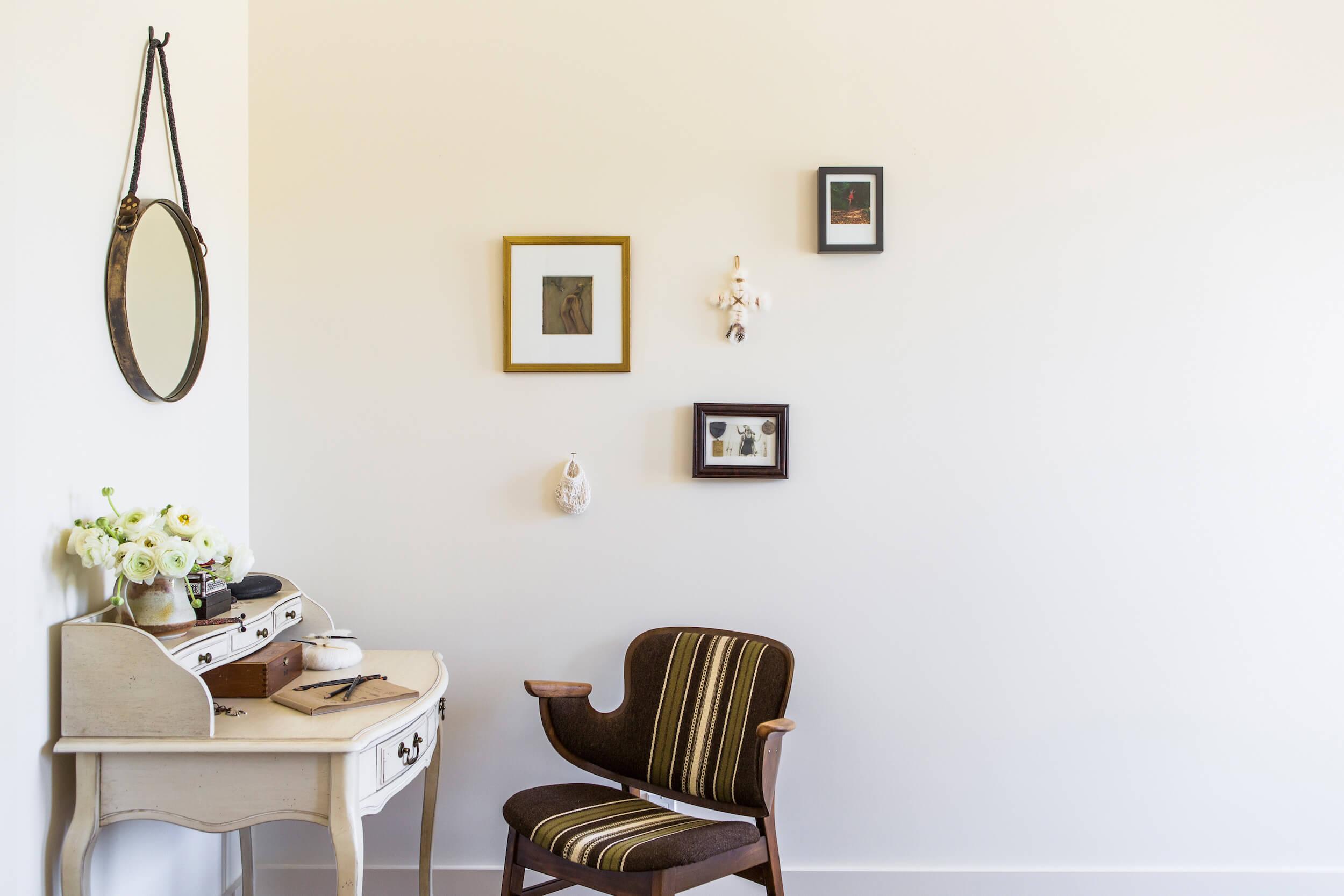 Designer: Gustave Carlson, Photo: Laure Joliet, Stylist: Yedda Morrison